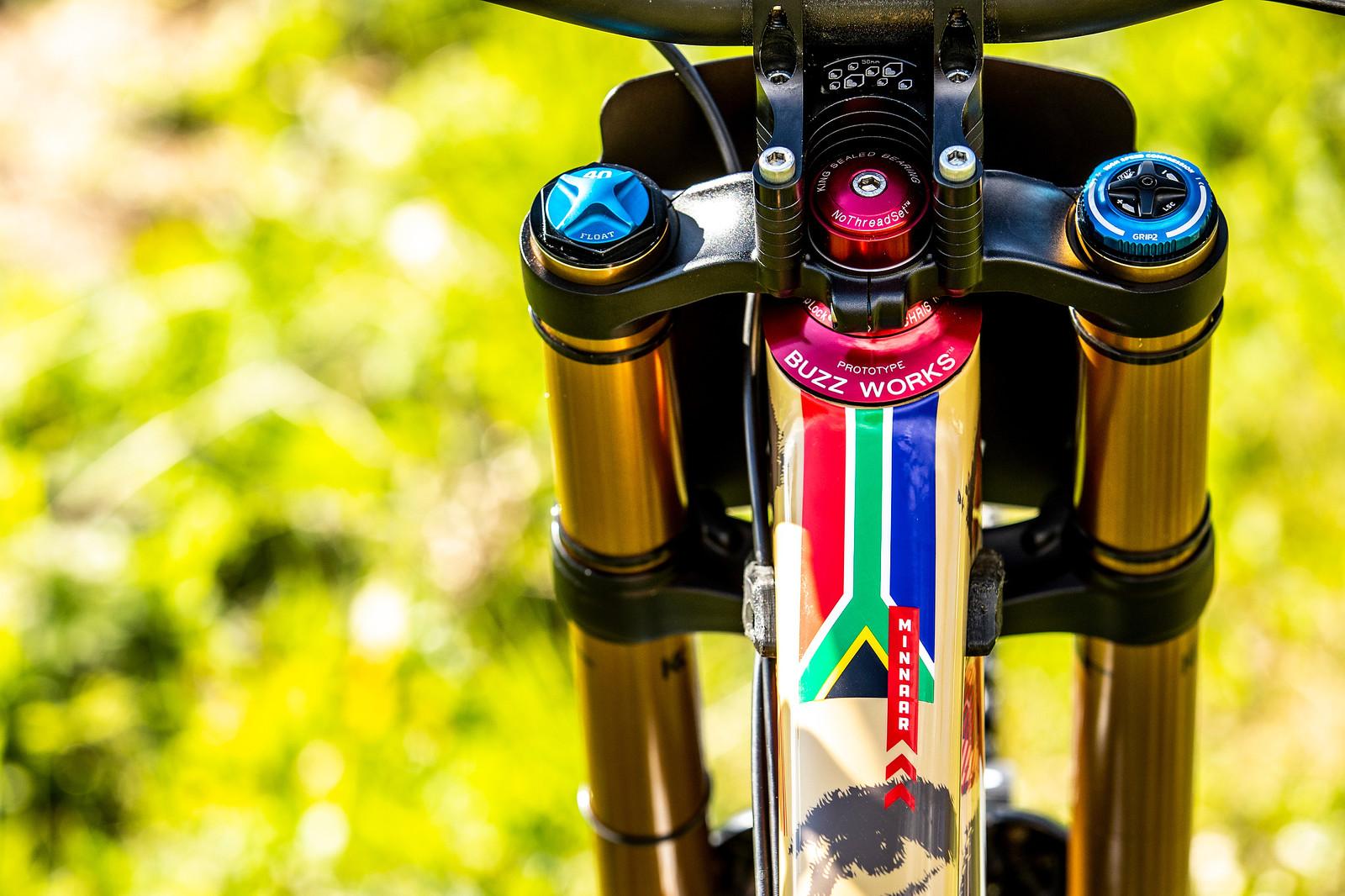 Saffa Sender - WORLD CHAMPS BIKE - Greg Minnaar's Santa Cruz V10 - Mountain Biking Pictures - Vital MTB