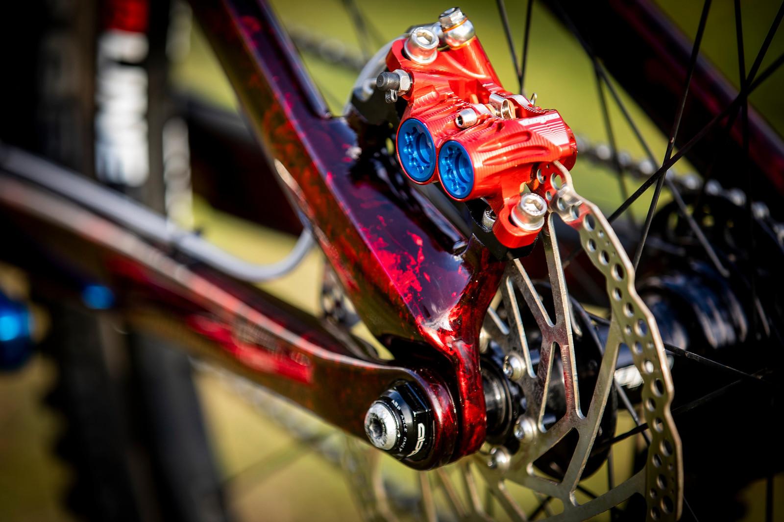Mix and Match - WORLD CHAMPS BIKE - Kade Edwards' Trek Session - Mountain Biking Pictures - Vital MTB