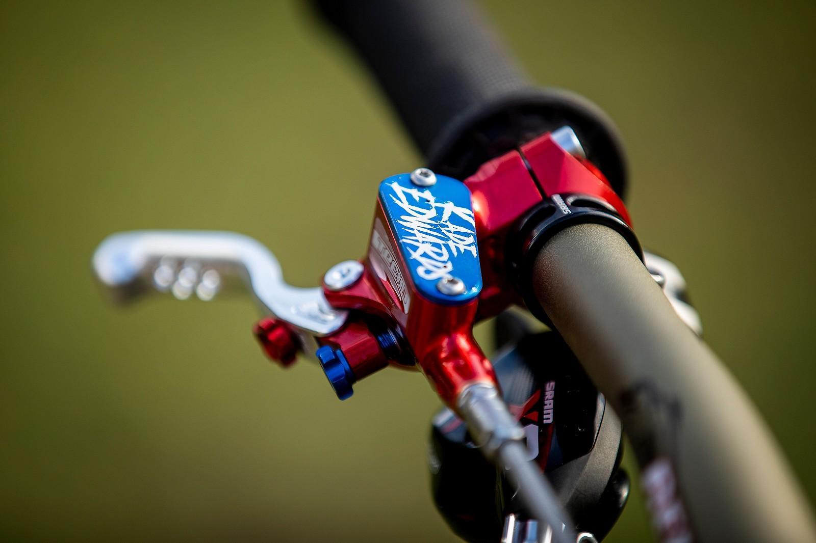 Stop - in the Name of Bling - WORLD CHAMPS BIKE - Kade Edwards' Trek Session - Mountain Biking Pictures - Vital MTB