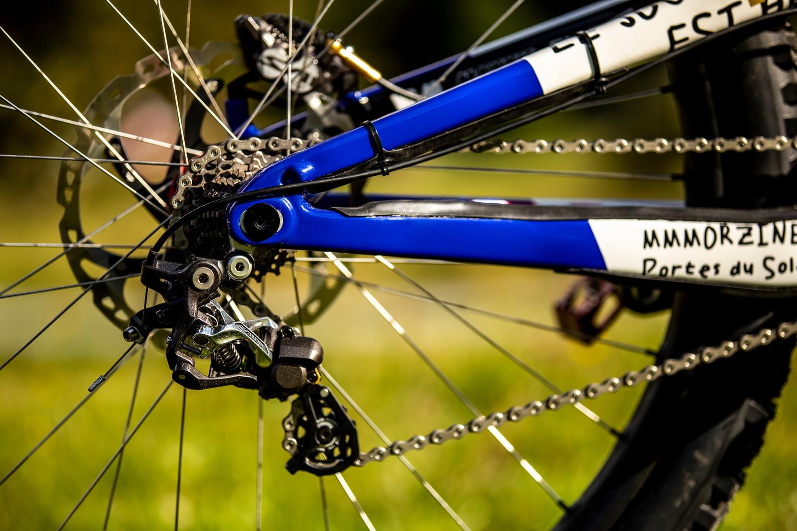 Short Chainstay - WORLD CHAMPS BIKES - Loris Vergier's Santa Cruz V10s - Mountain Biking Pictures - Vital MTB