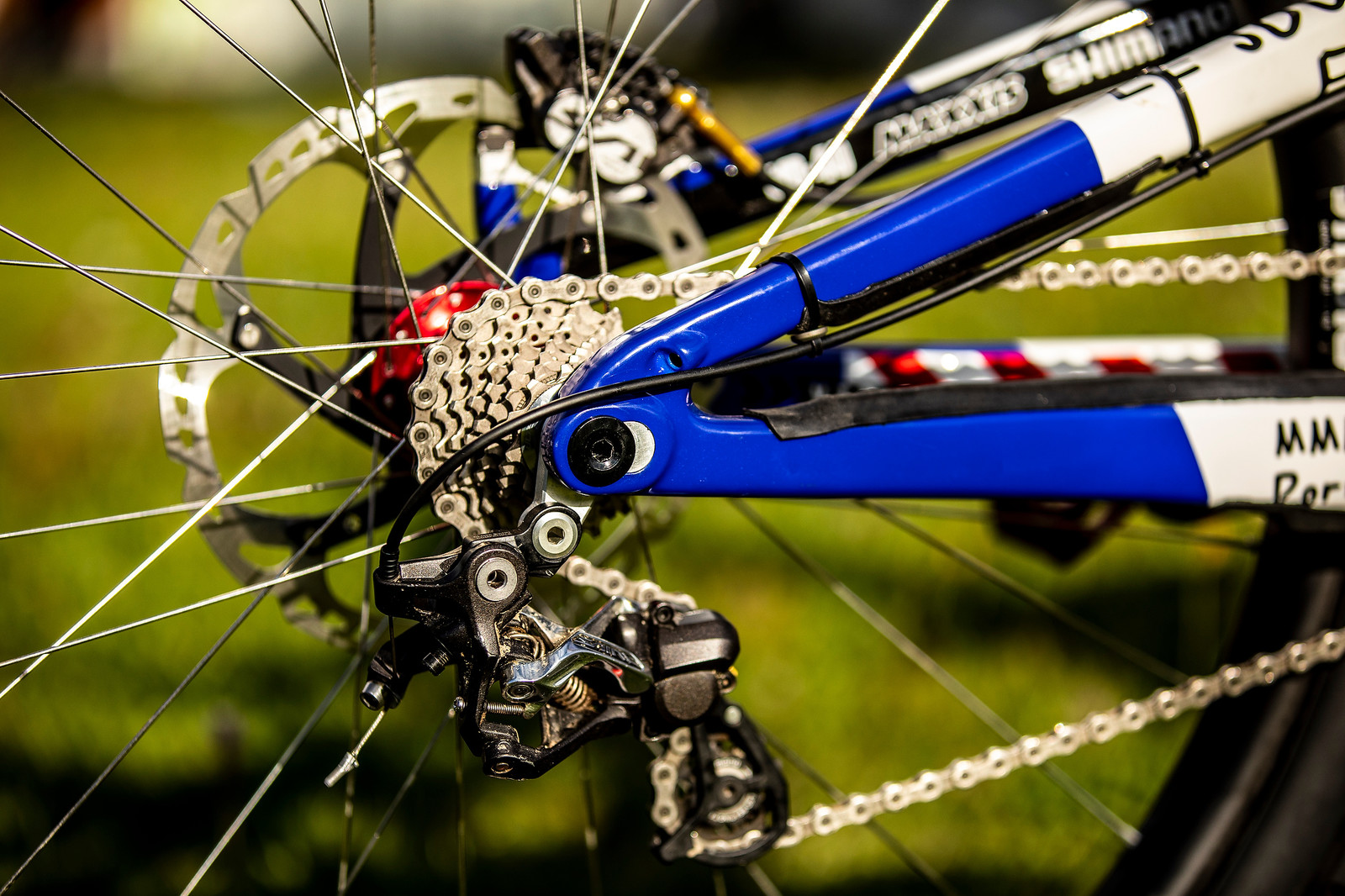 Long Chainstay - WORLD CHAMPS BIKES - Loris Vergier's Santa Cruz V10s - Mountain Biking Pictures - Vital MTB