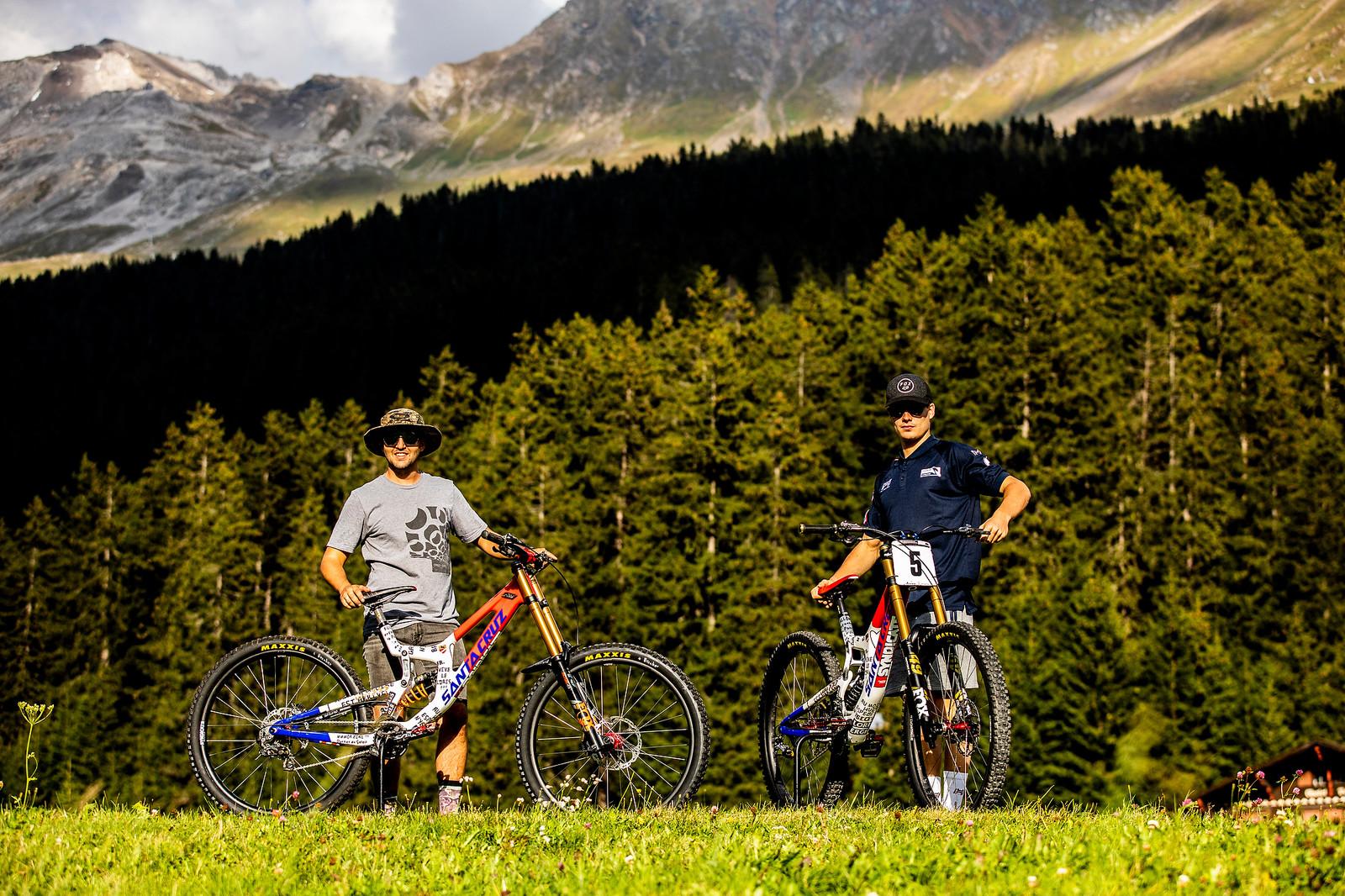 Proud - WORLD CHAMPS BIKES - Loris Vergier's Santa Cruz V10s - Mountain Biking Pictures - Vital MTB