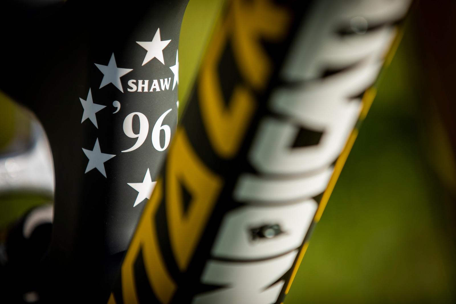 Heritage - WORLD CHAMPS BIKE - Luca Shaw's Santa Cruz V10 - Mountain Biking Pictures - Vital MTB