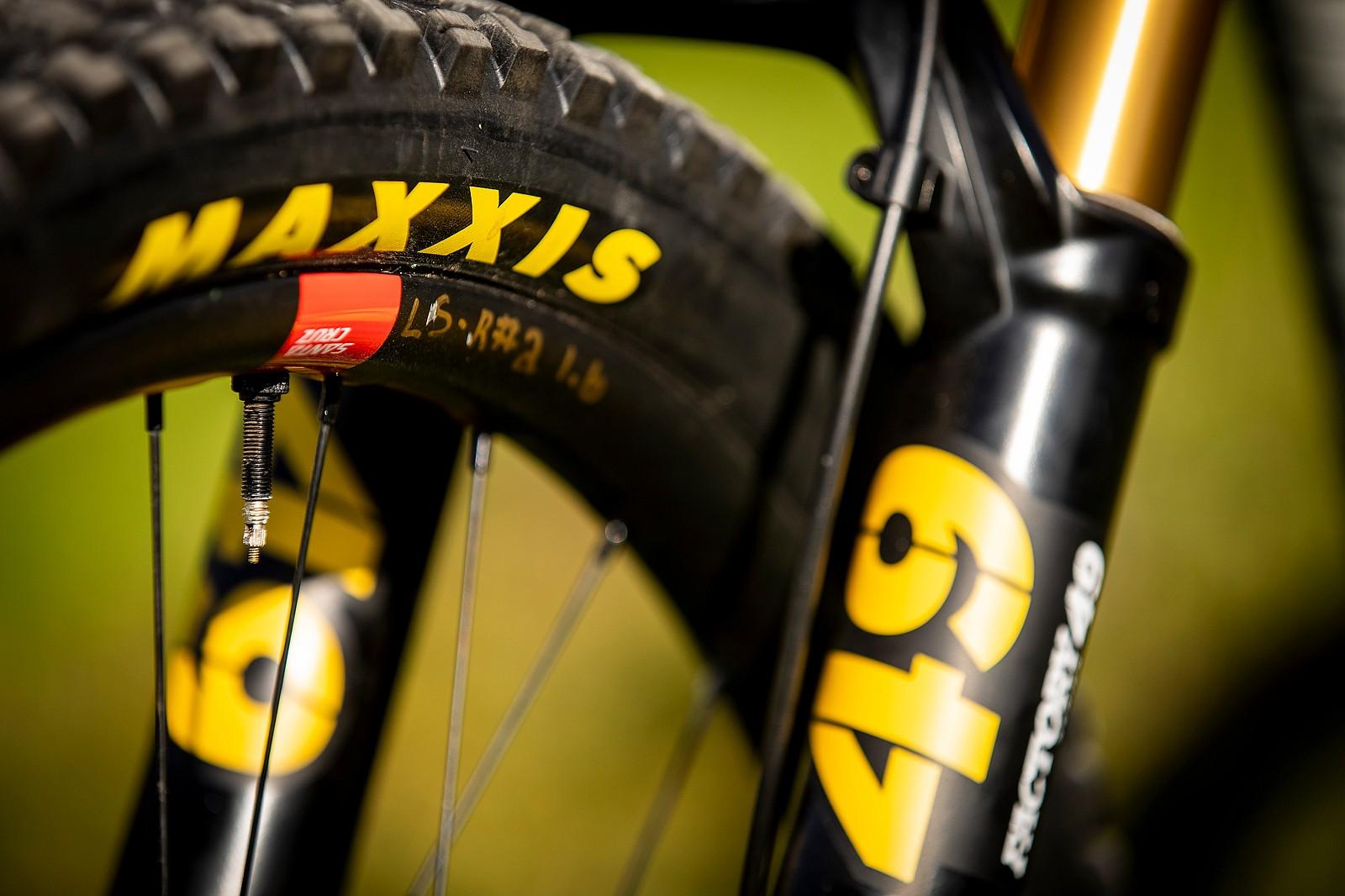 They See Me Rollin', They Hatin' - WORLD CHAMPS BIKE - Luca Shaw's Santa Cruz V10 - Mountain Biking Pictures - Vital MTB
