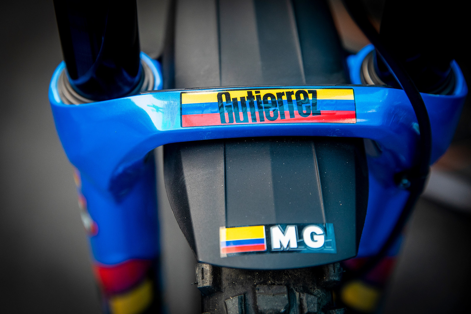 Colombian Colors - WORLD CHAMPS BIKE - Marcelo Gutierrez's Giant Glory - Mountain Biking Pictures - Vital MTB