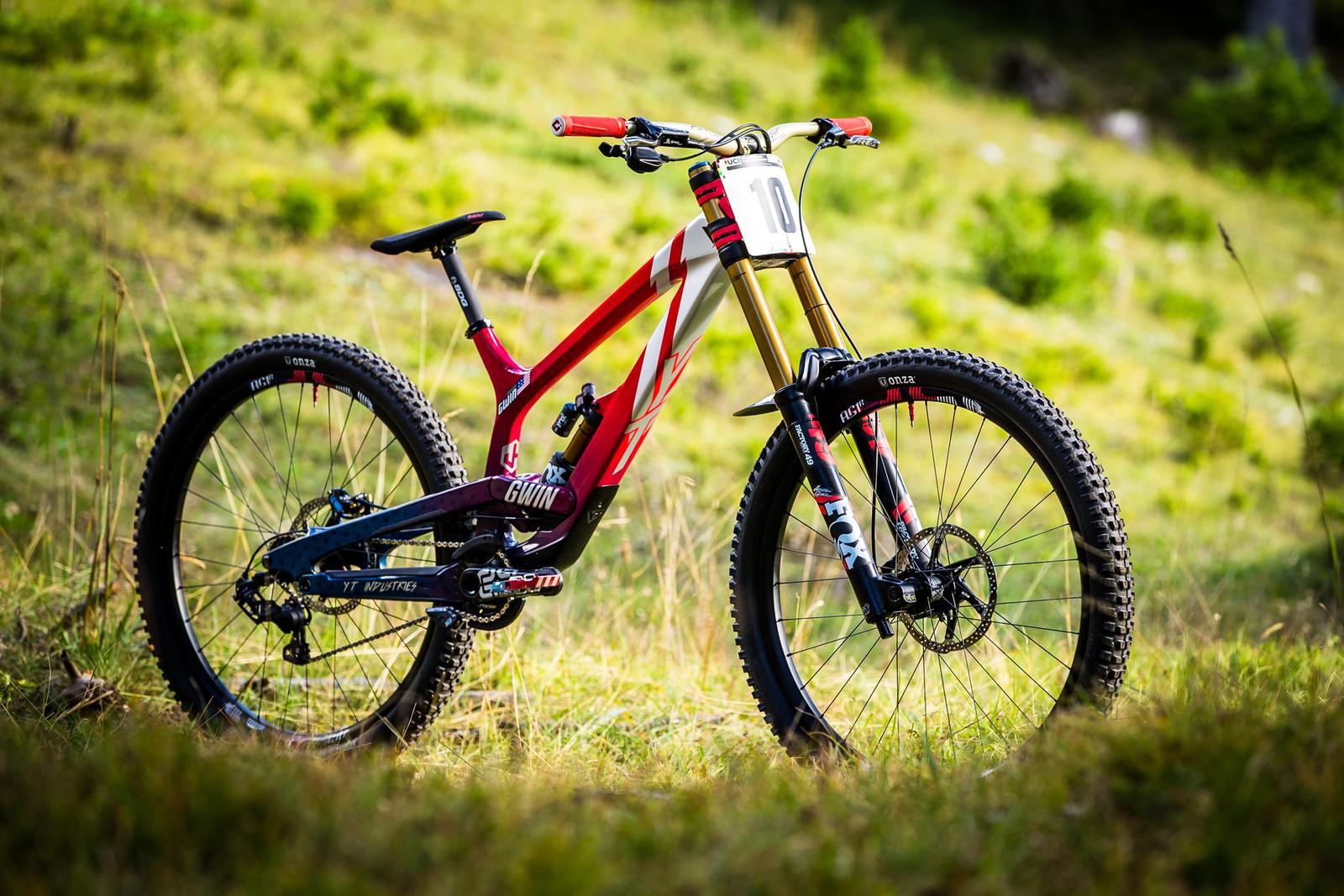 Aaron Gwin's Big Wheeled YT TUES World Champs Bike - WORLD CHAMPS BIKE - Aaron Gwin's YT TUES - Mountain Biking Pictures - Vital MTB