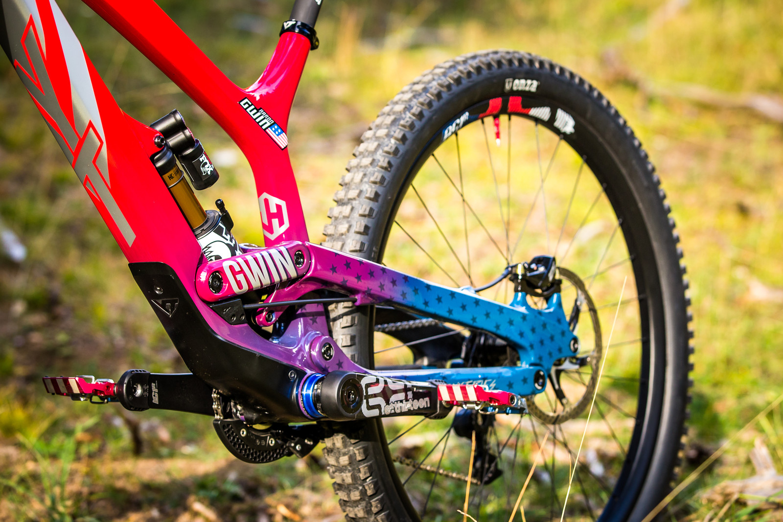 Big Wheels for a Big Man - WORLD CHAMPS BIKE - Aaron Gwin's YT TUES - Mountain Biking Pictures - Vital MTB