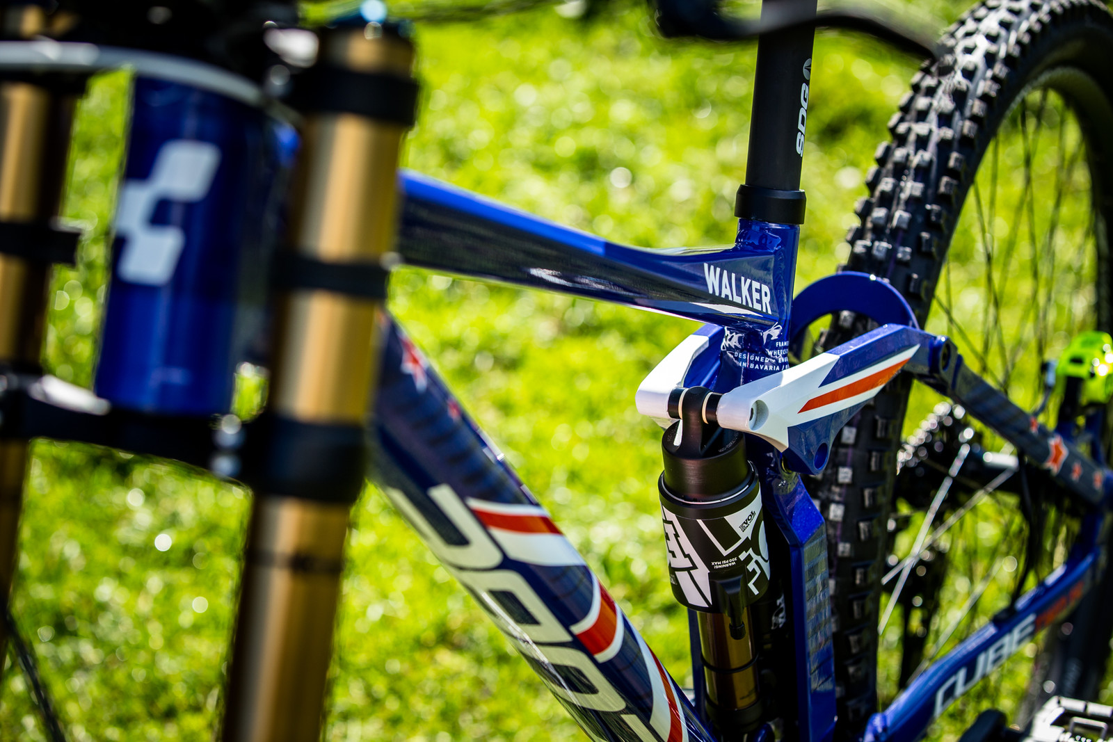 Slick - WORLD CHAMPS BIKES - Matt Walker and Max Hartenstern's Cubes - Mountain Biking Pictures - Vital MTB