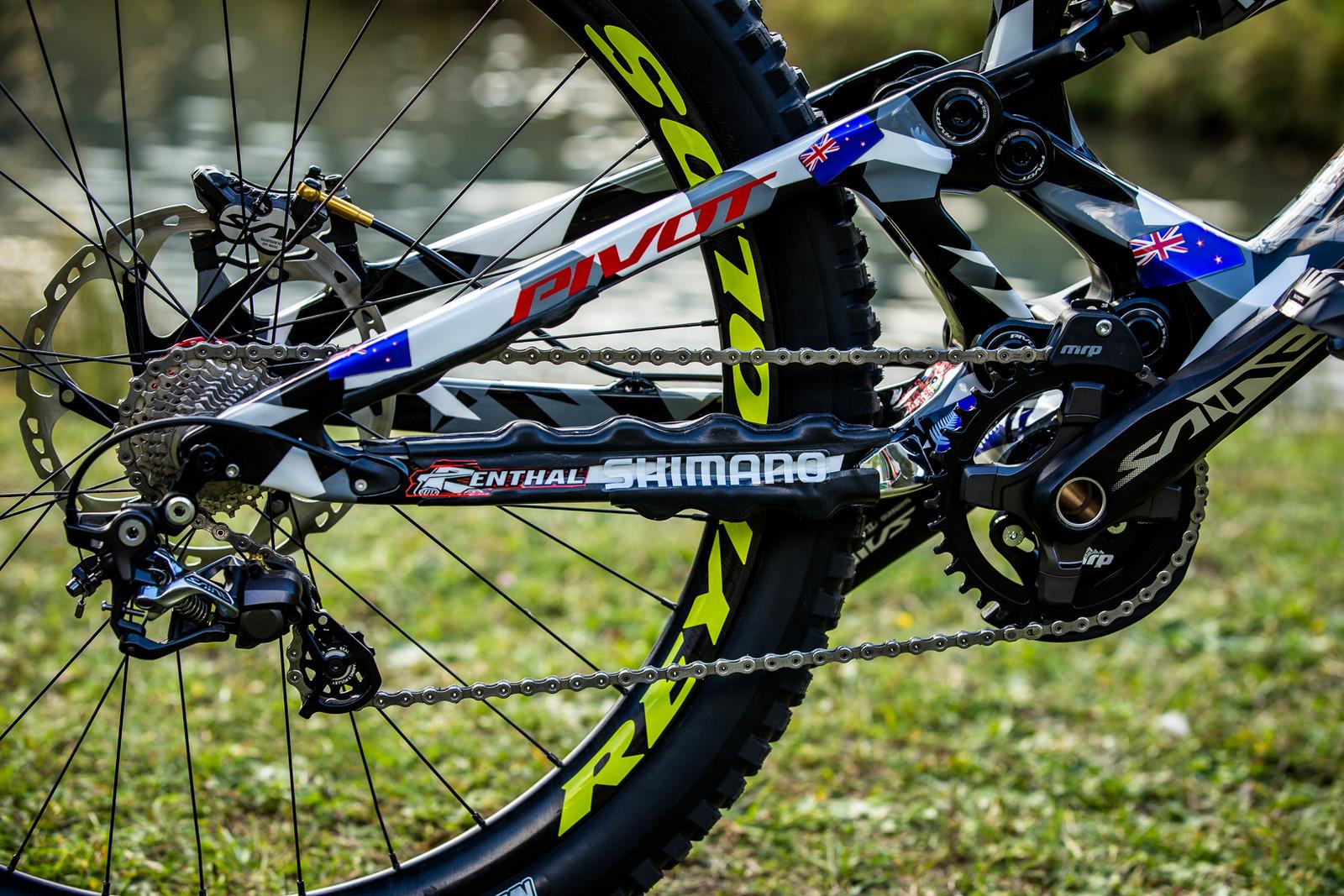 Shimano Drivetrain with Custom Chainstay Protector - WORLD CHAMPS BIKE - Eddie Masters' Pivot Phoenix - Mountain Biking Pictures - Vital MTB