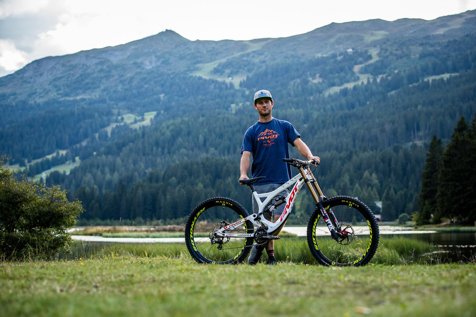 The Man Behind the Build - WORLD CHAMPS BIKE - Emilie Siegenthaler's Pivot Phoenix - Mountain Biking Pictures - Vital MTB