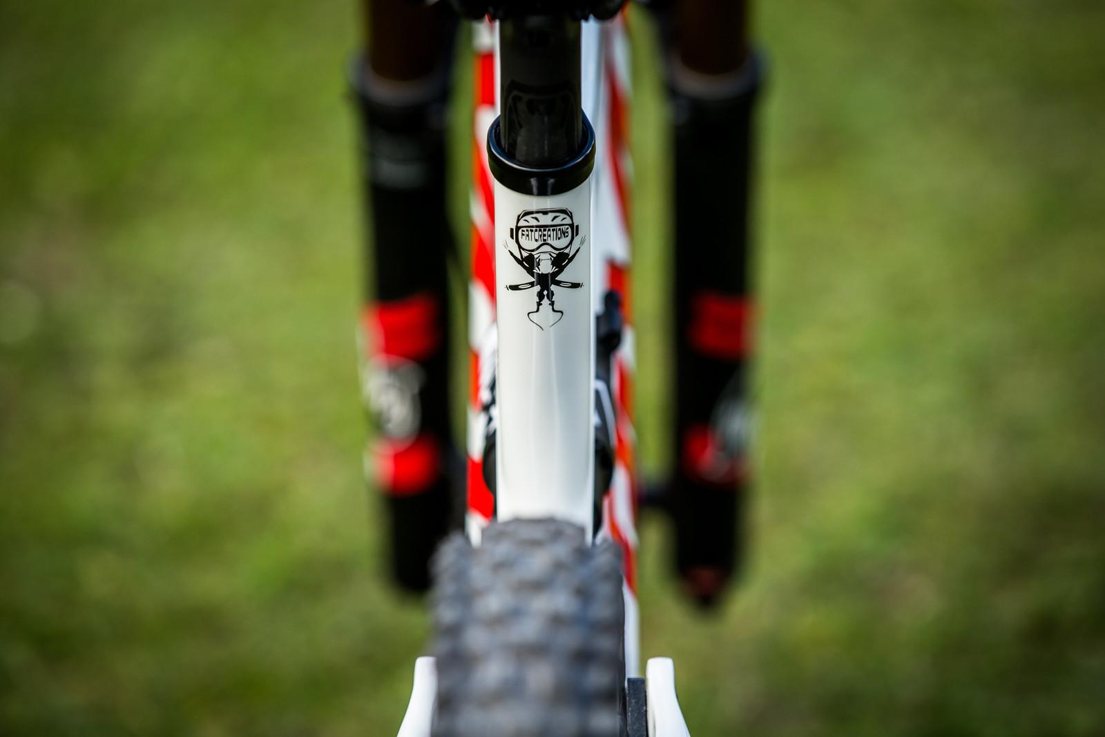 Fat Creations - WORLD CHAMPS BIKE - Emilie Siegenthaler's Pivot Phoenix - Mountain Biking Pictures - Vital MTB