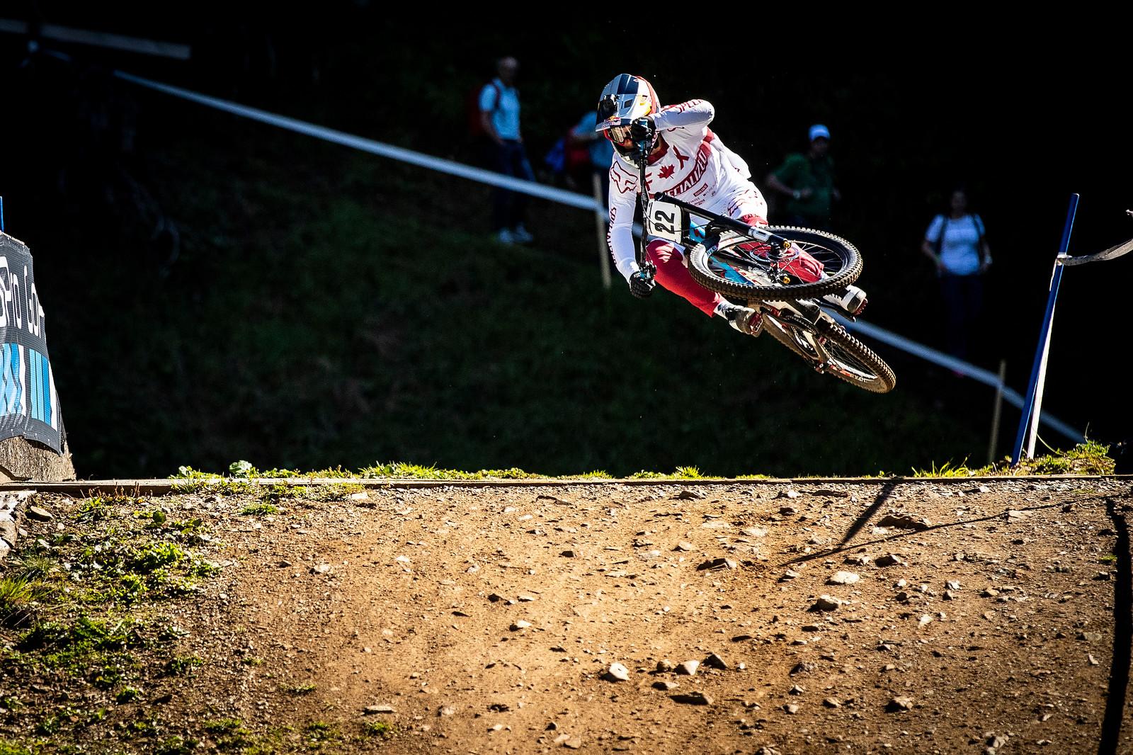 Finn - WORLD CHAMPS WHIPFEST - Mountain Biking Pictures - Vital MTB