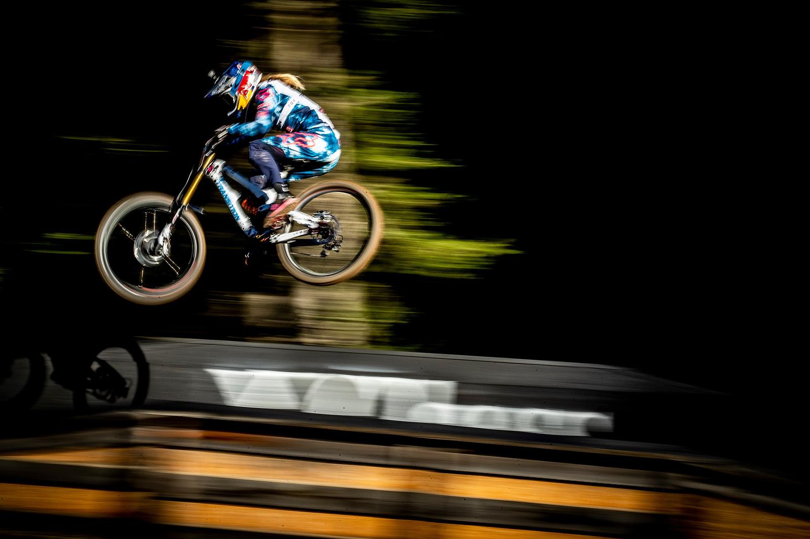 Tahnee Seagrave - WORLD CHAMPS WHIPFEST - Mountain Biking Pictures - Vital MTB