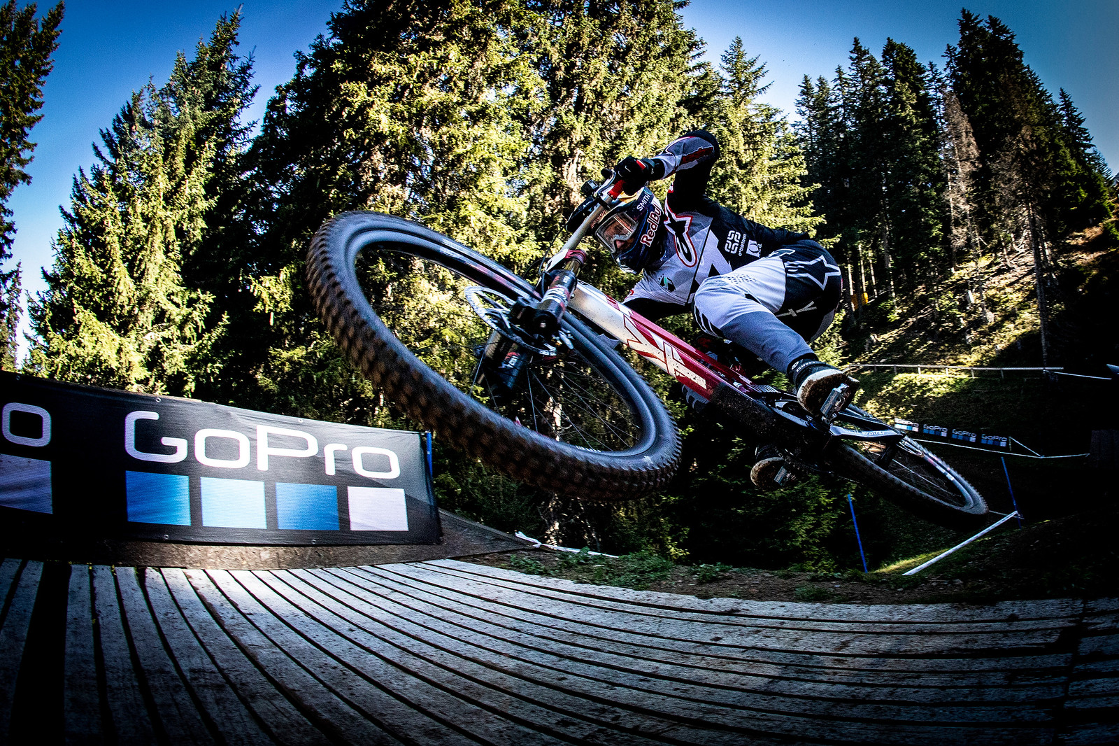 Gwin - WORLD CHAMPS WHIPFEST - Mountain Biking Pictures - Vital MTB