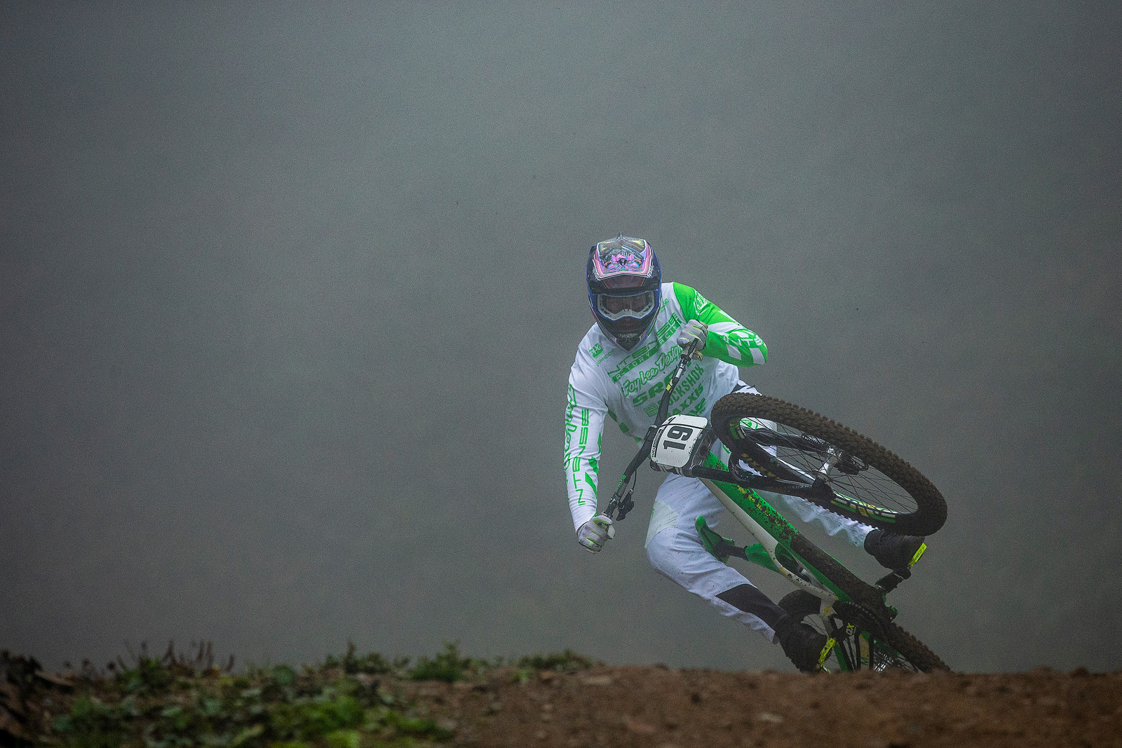 Dean Lucas - WORLD CHAMPS WHIPFEST - Mountain Biking Pictures - Vital MTB