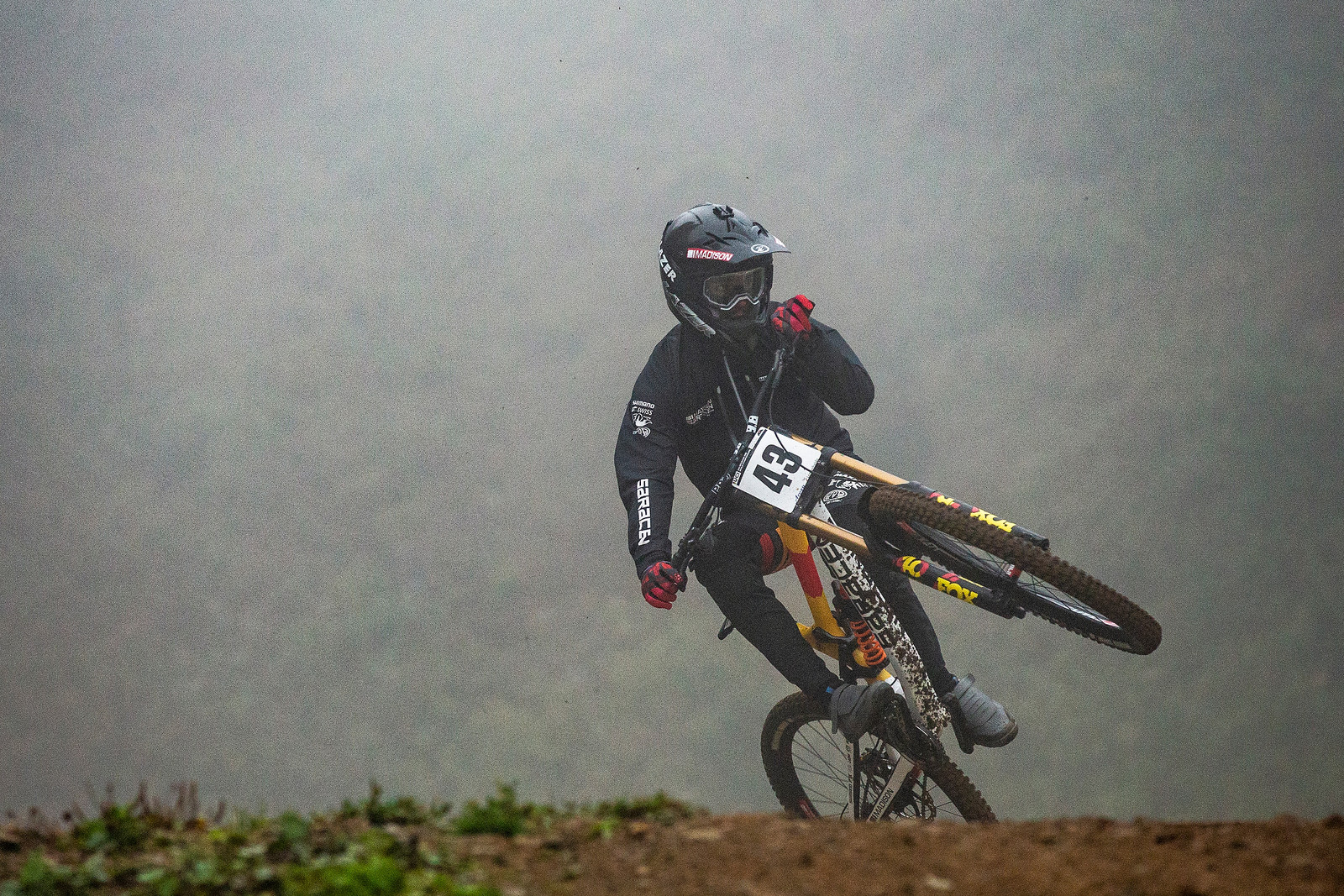 Alex Marin Distracted - WORLD CHAMPS WHIPFEST - Mountain Biking Pictures - Vital MTB