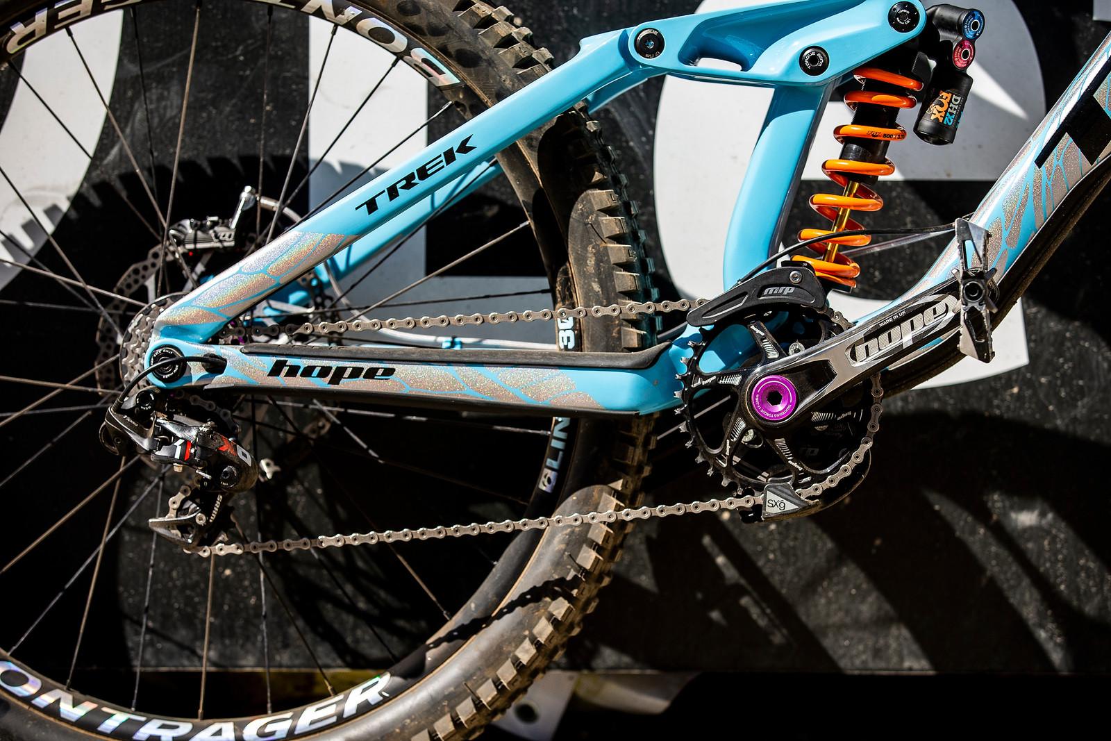 Rear End - WINNING BIKE - Rachel Atherton's Trek Session - Mountain Biking Pictures - Vital MTB