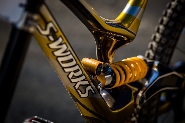 Shiny - WINNING BIKE - Loic Bruni's Specialized Demo