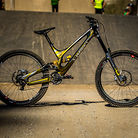 WINNING BIKE - Loic Bruni's Specialized Demo