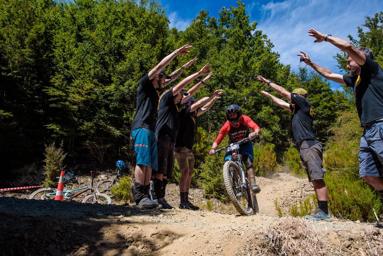 Quality Heckling - 2019 Dodzy Memorial Enduro - Mountain Biking Pictures - Vital MTB