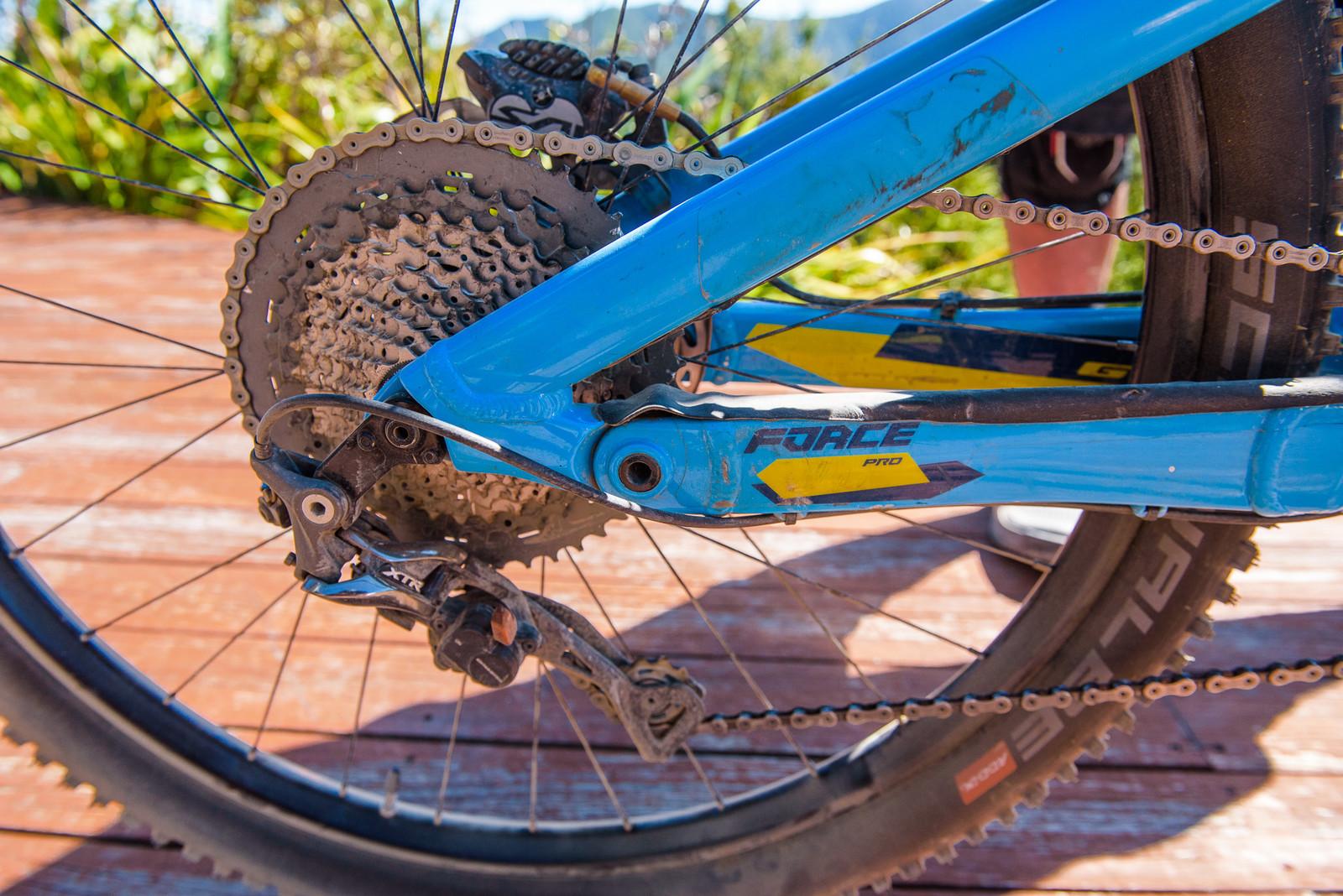 Shimano XTR Drivetrain - Pro Bike - Wyn Masters' GT Force, Size XL - Mountain Biking Pictures - Vital MTB