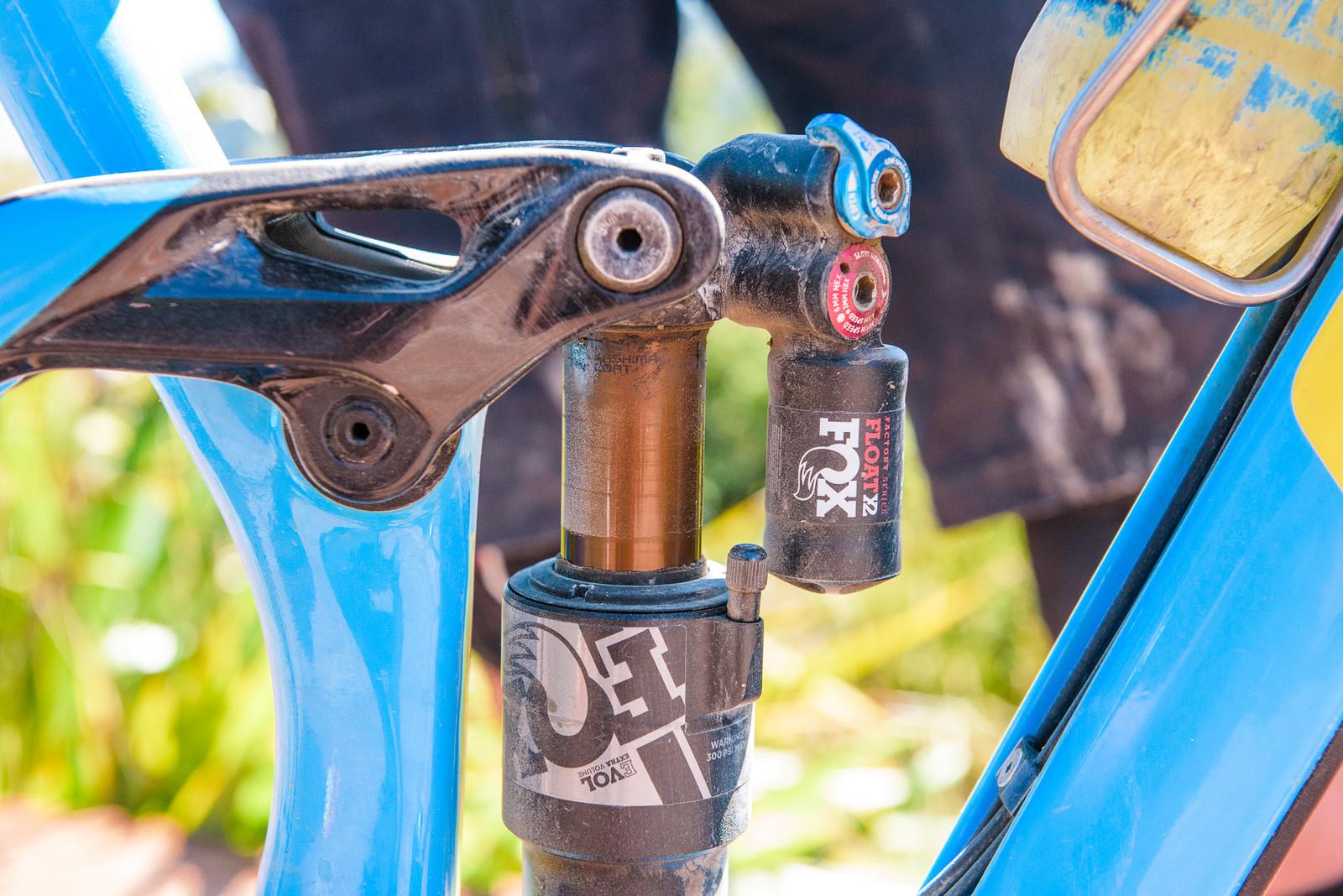 FOX Float X2 Shock - Pro Bike - Wyn Masters' GT Force, Size XL - Mountain Biking Pictures - Vital MTB