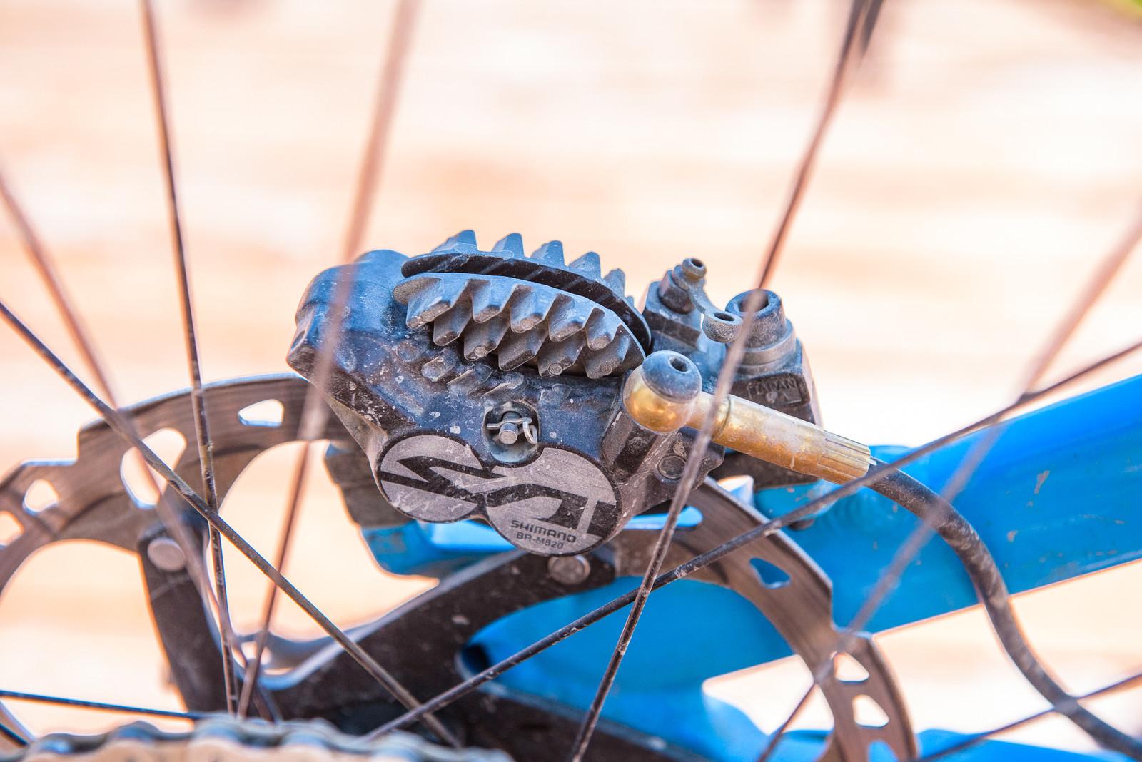 Shimano Saint Brakes - Pro Bike - Wyn Masters' GT Force, Size XL - Mountain Biking Pictures - Vital MTB