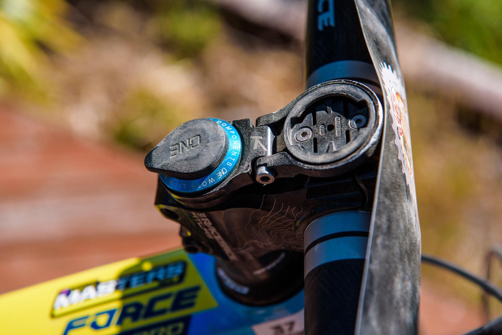 OneUp EDC Top Cap - Pro Bike - Wyn Masters' GT Force, Size XL - Mountain Biking Pictures - Vital MTB