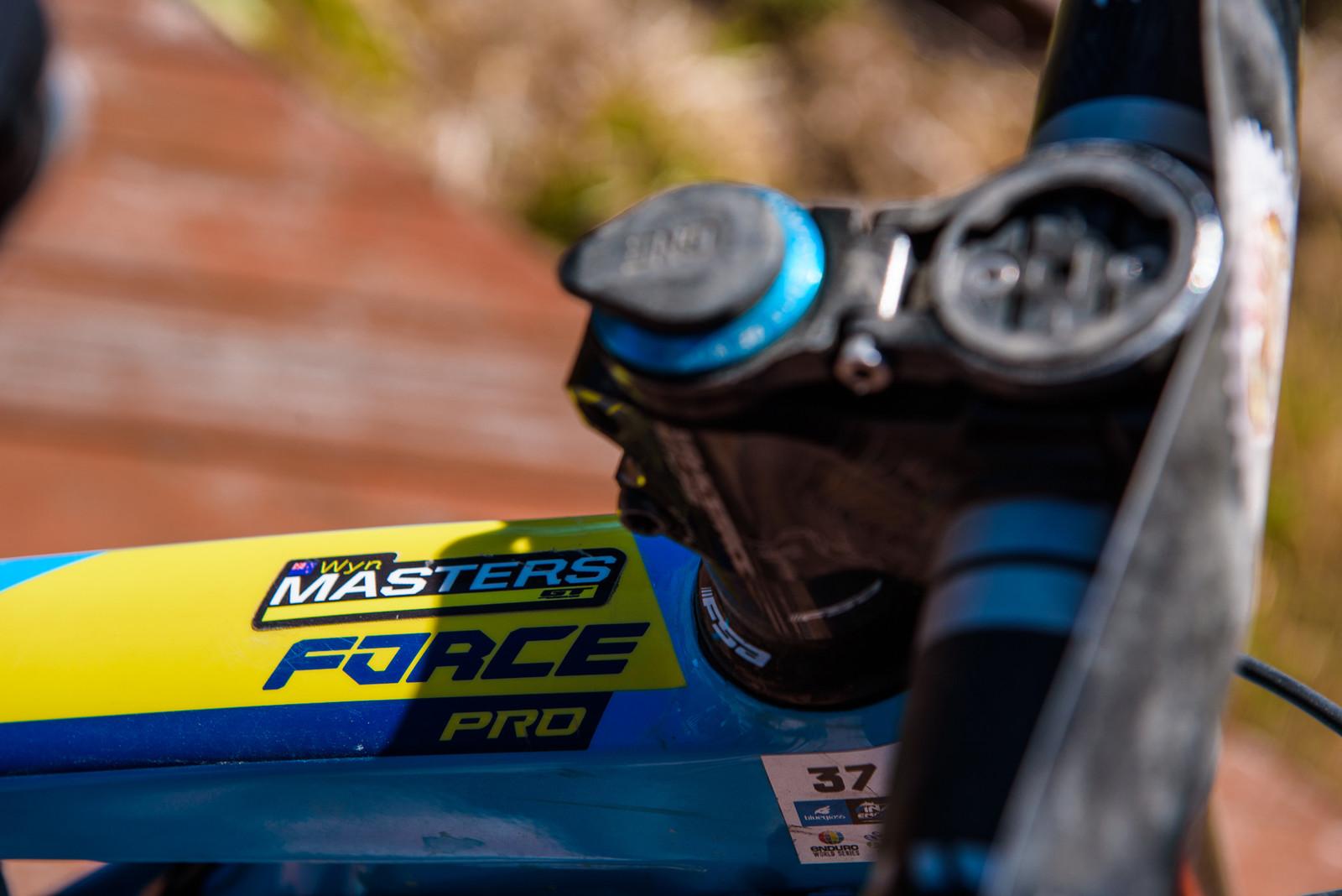 Force Master 5000 - Pro Bike - Wyn Masters' GT Force, Size XL - Mountain Biking Pictures - Vital MTB