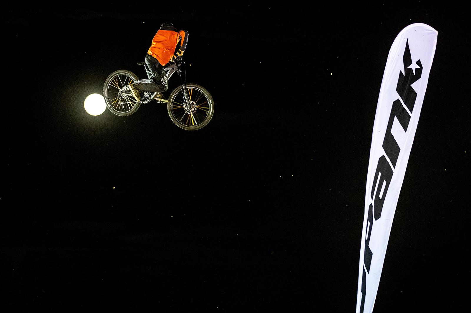 Peter Kaiser, Crankworx Rotorua Whip Off Winner - WHIP OFF GALLERY - Crankworx Rotorua - Mountain Biking Pictures - Vital MTB