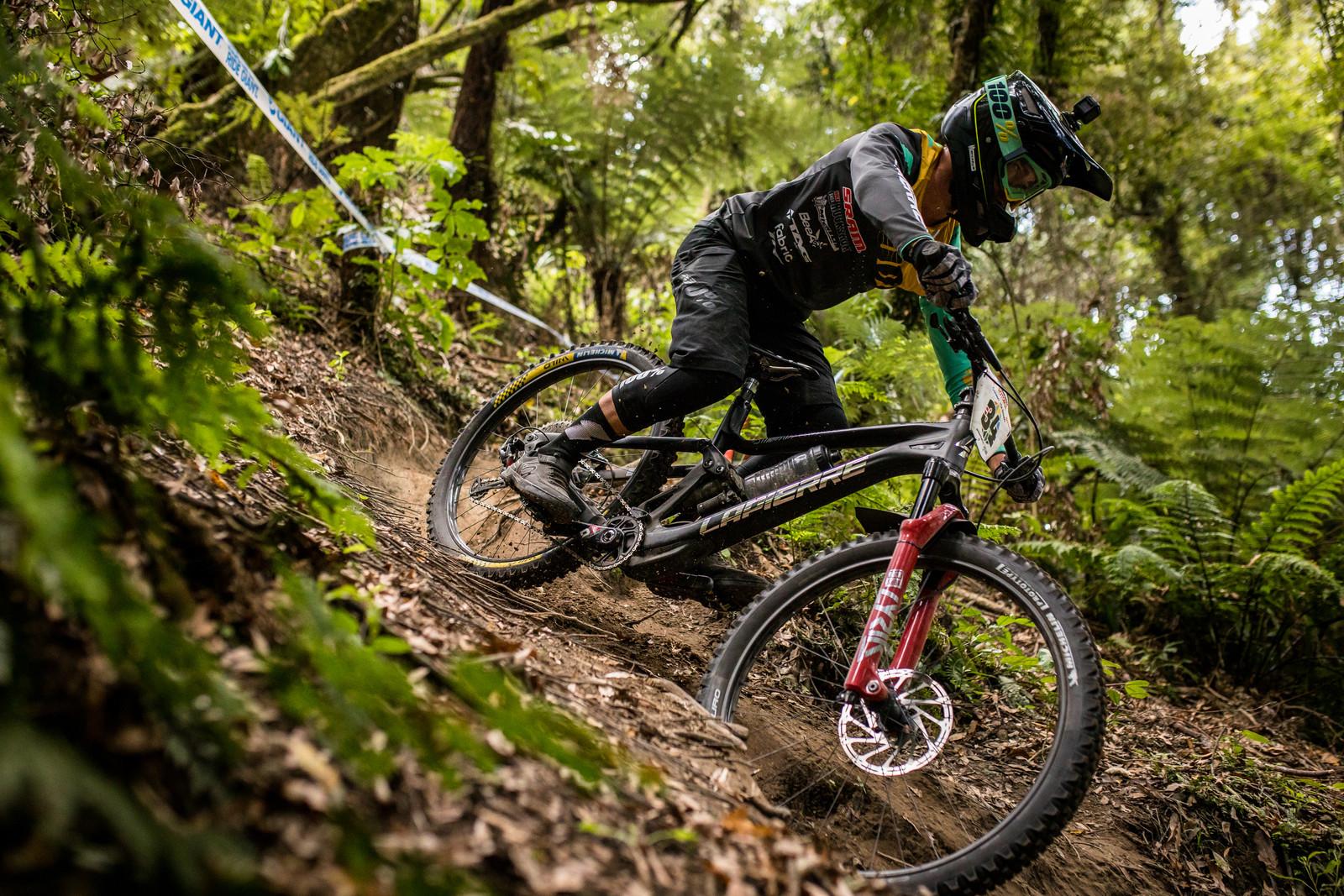 Look Closely - 2019 Enduro World Series Crankworx Rotorua - Mountain Biking Pictures - Vital MTB