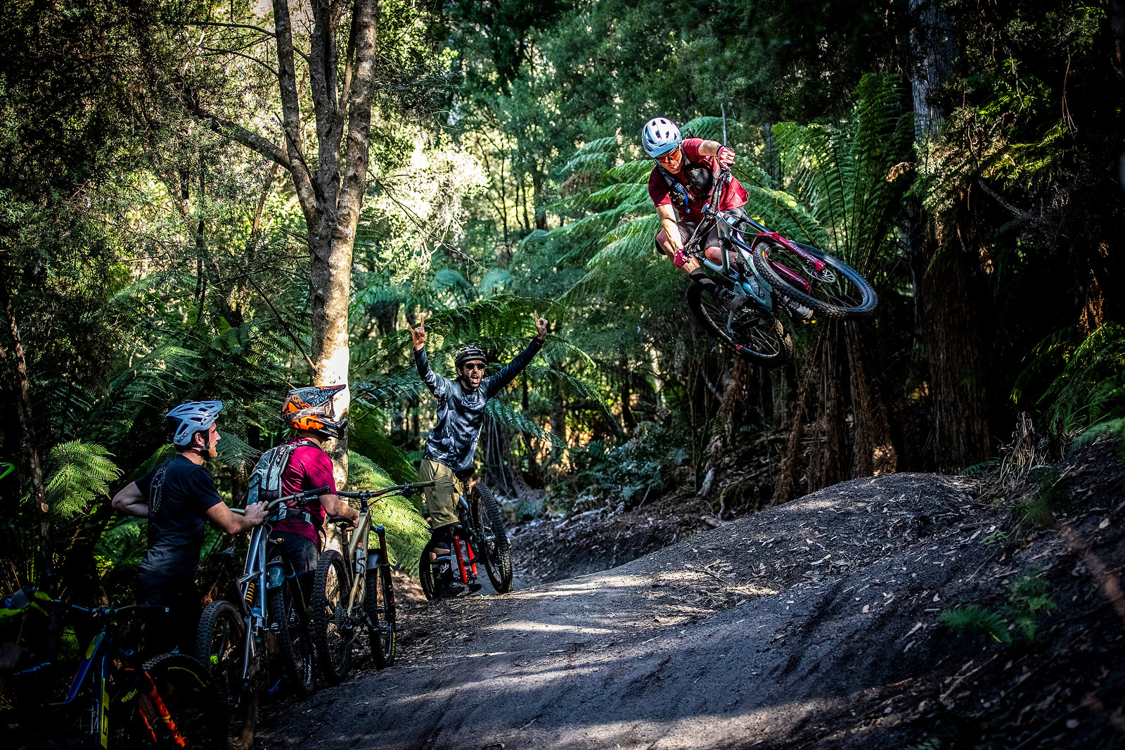 HeckleShoxx - Officially Unsanctioned Enduro World Series Vertigo MTB / Moo Beer / Vital Whip-Off - Mountain Biking Pictures - Vital MTB