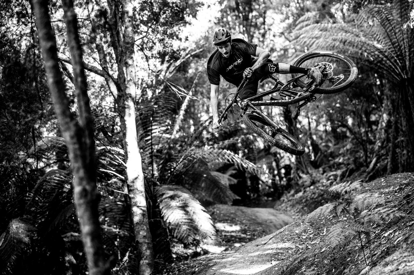 Colorless Kick - Officially Unsanctioned Enduro World Series Vertigo MTB / Moo Beer / Vital Whip-Off - Mountain Biking Pictures - Vital MTB