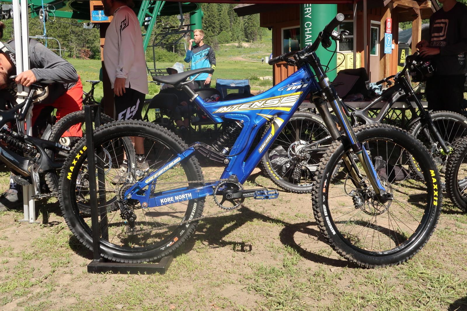 The Intense M1 That Kovarik Ran for Seeding - PIT BITS - Tamarack Pro GRT / NW Cup - Mountain Biking Pictures - Vital MTB