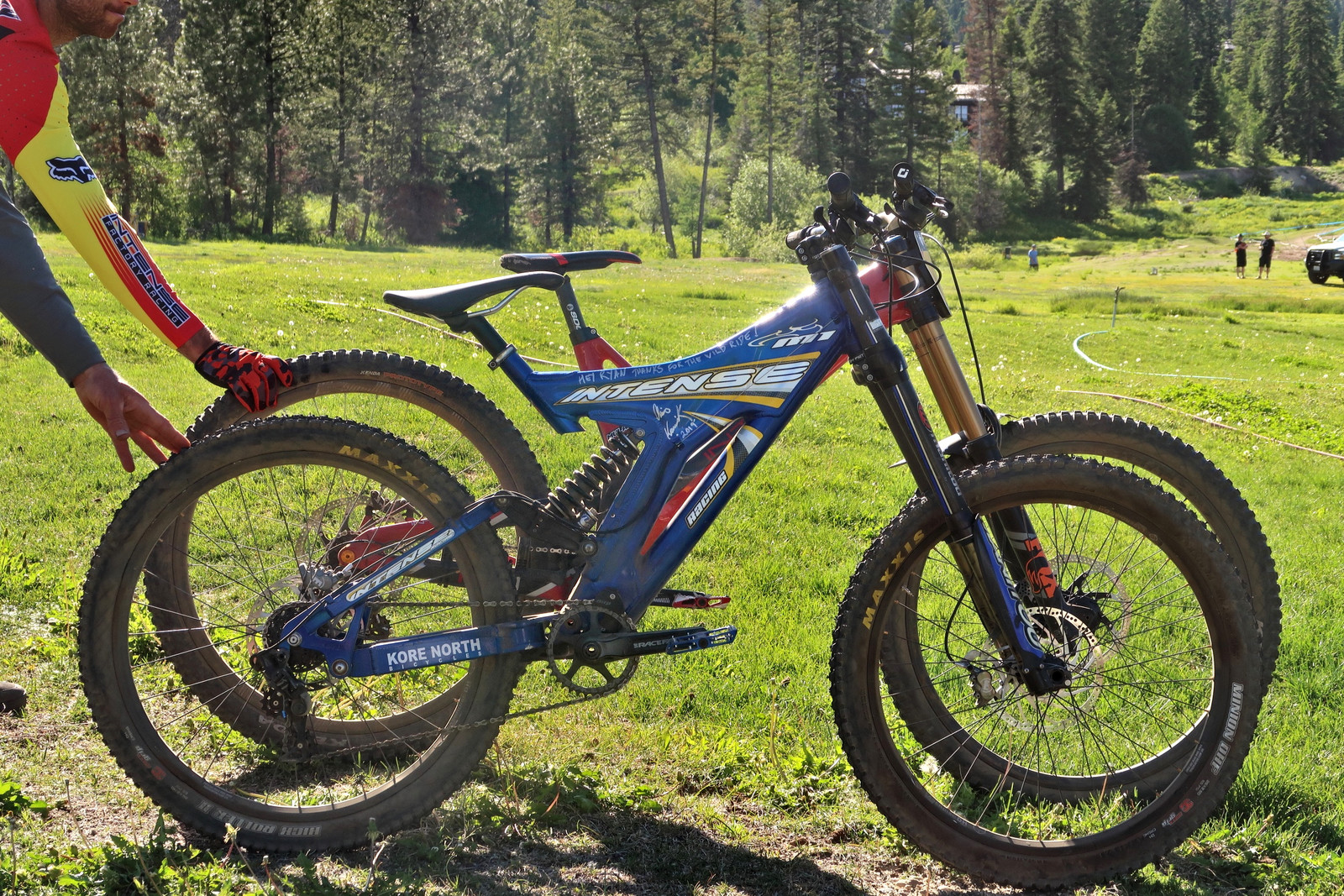 Intense M1 vs Intense M29 - PIT BITS - Tamarack Pro GRT / NW Cup - Mountain Biking Pictures - Vital MTB