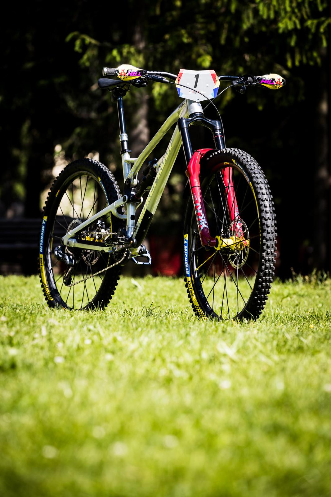 Sam Hill's Updated Prototype Nukeproof Mega 29 with SRAM AXS - Sam Hill's Updated Prototype Nukeproof Mega 29 with SRAM AXS - Mountain Biking Pictures - Vital MTB
