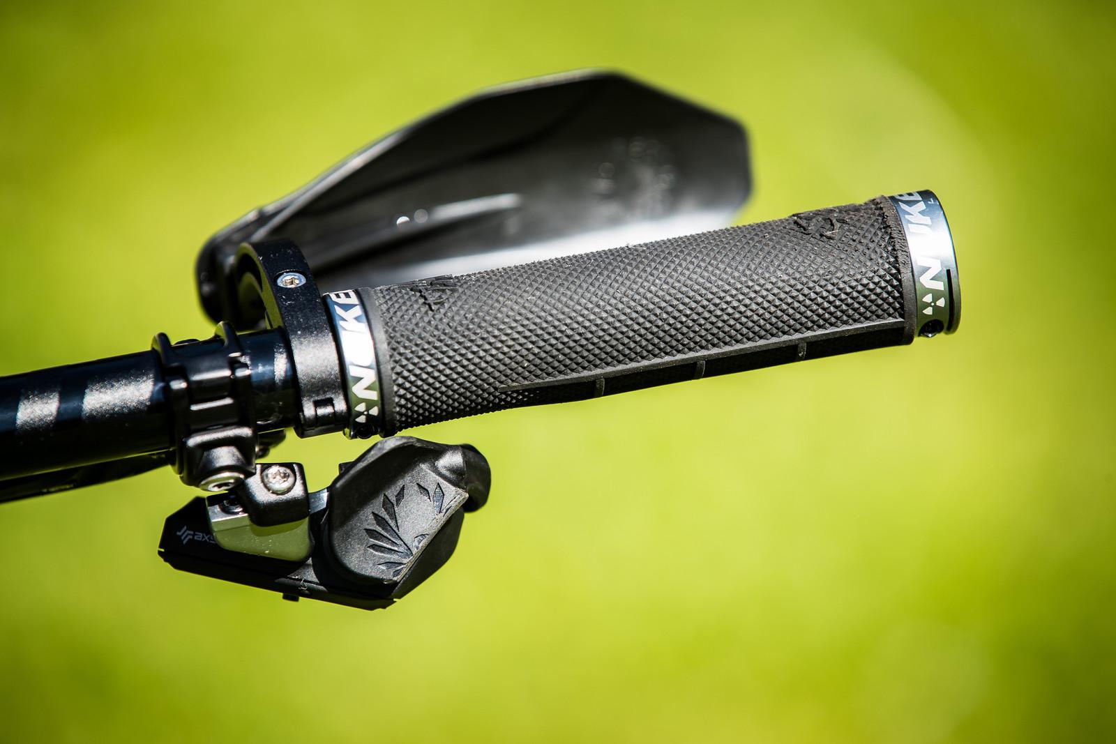 SRAM AXS Shifter - Sam Hill's Updated Prototype Nukeproof Mega 29 with SRAM AXS - Mountain Biking Pictures - Vital MTB