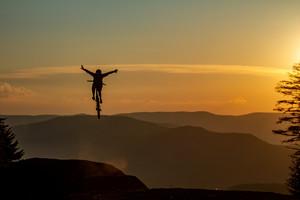 Snowshoe Sunset Send Session - Downhill Southeast - Thomas Zula
