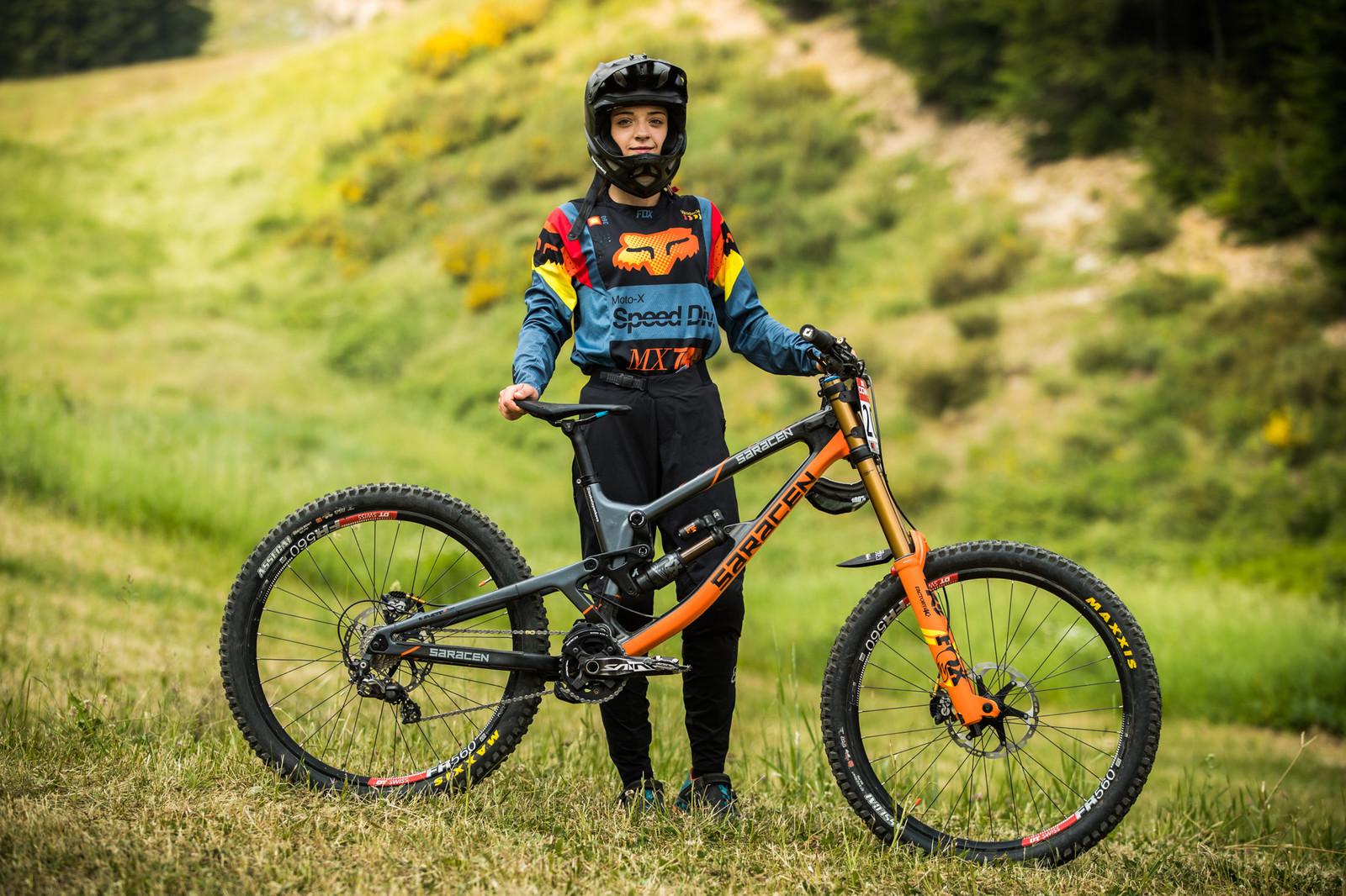 Izabela Yankova from Bulgaria with her Saracen Myst - 25 Downhill Bikes - iXS DH Cup #3 - Abetone - Mountain Biking Pictures - Vital MTB