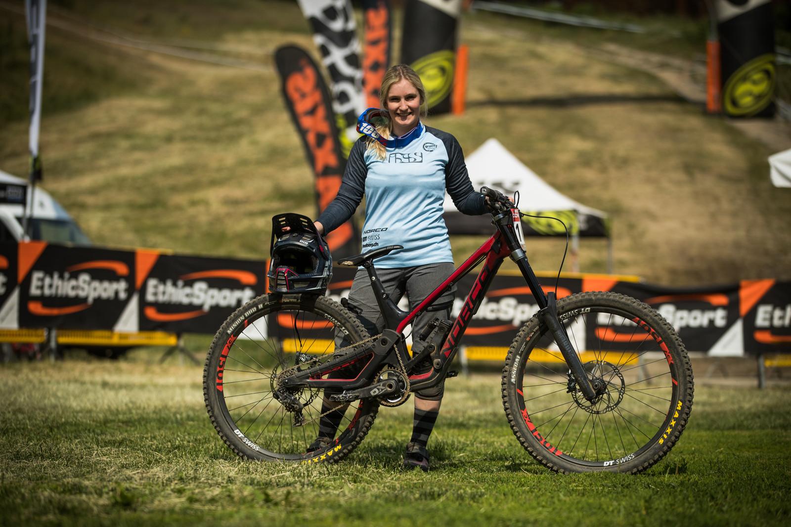 Last race winner, Lea Rutz, and her Norco Aurum HSP - 25 Downhill Bikes - iXS DH Cup #3 - Abetone - Mountain Biking Pictures - Vital MTB