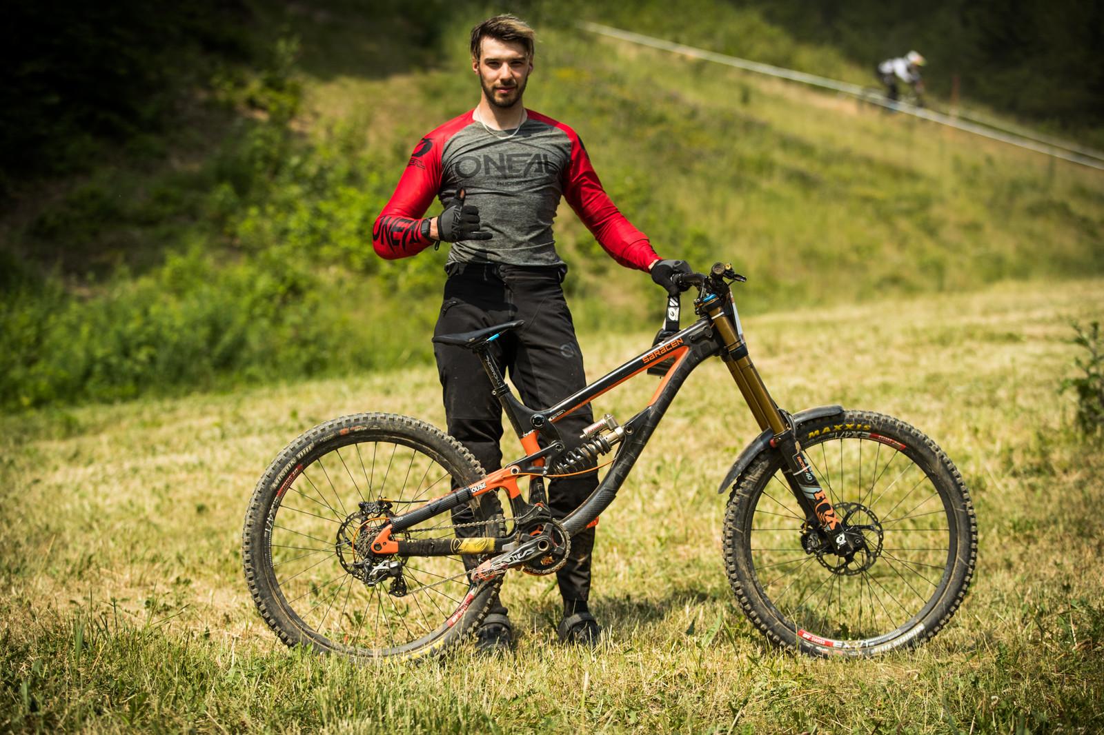Stivian Gatev and his Saracen Myst - 25 Downhill Bikes - iXS DH Cup #3 - Abetone - Mountain Biking Pictures - Vital MTB