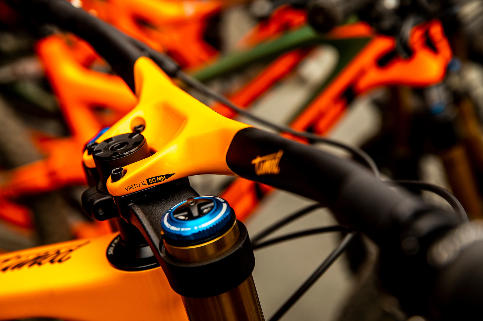 PIT BITS - Integrated Syncros Carbon Bar and Stem Combo on Scott DH Bikes - PIT BITS - 2019 Les Gets World Cup DH, France - Mountain Biking Pictures - Vital MTB