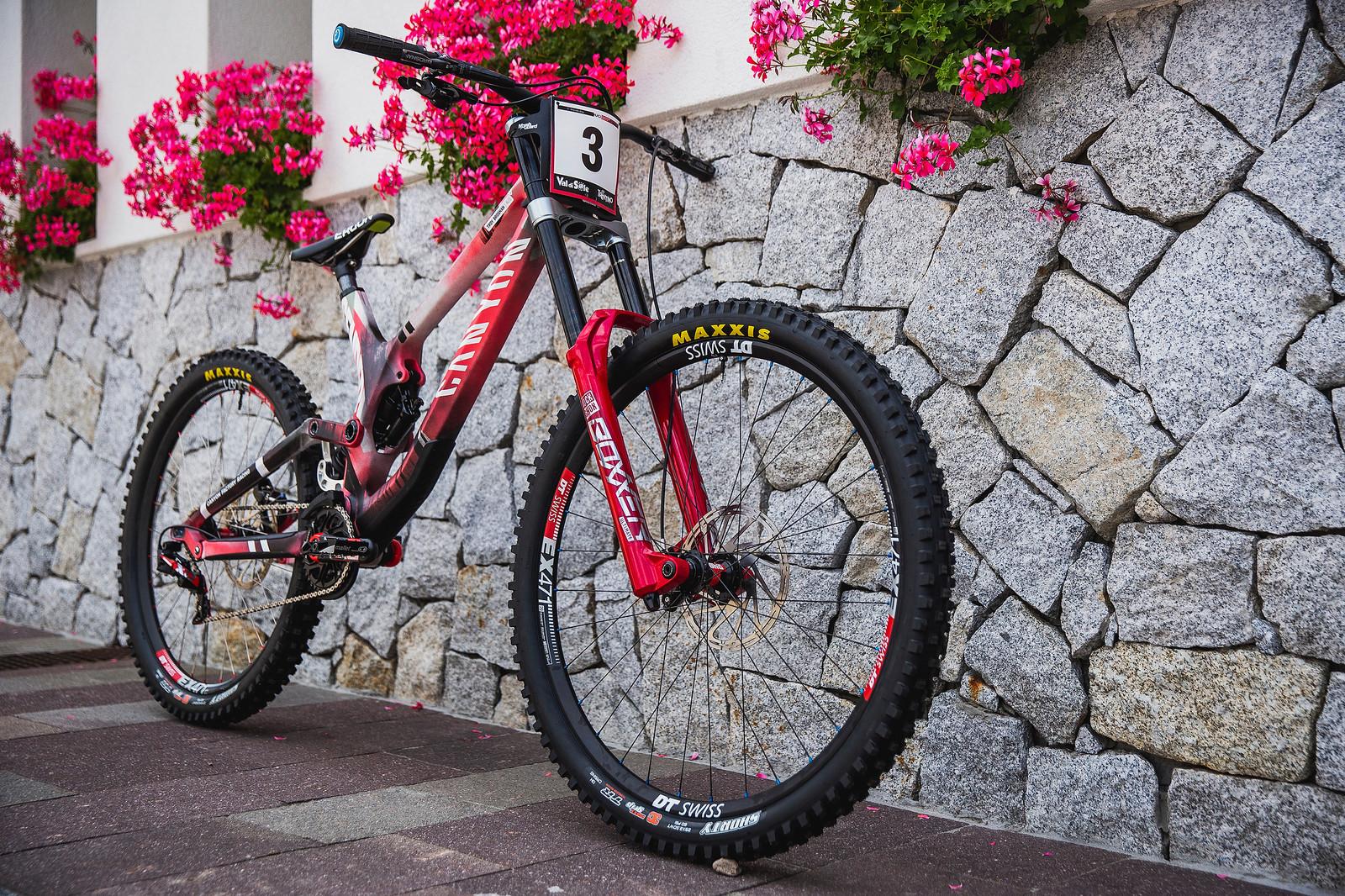 Troy Brosnan's Rattle Can(yon) Sender - PIT BITS - 2019 Val di Sole World Cup Downhill Bike Tech - Mountain Biking Pictures - Vital MTB