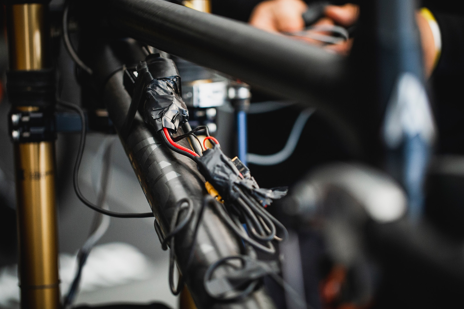 Gee Atherton's Data Acquisition System - PIT BITS - 2019 Lenzerheide World Cup Downhill - Mountain Biking Pictures - Vital MTB
