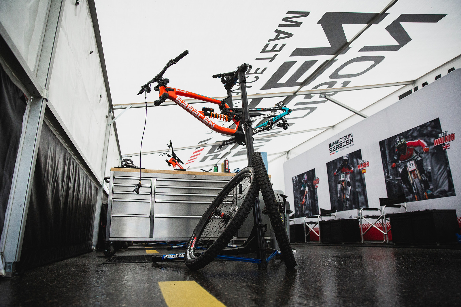 Saracen Bike Prep - PIT BITS - 2019 Lenzerheide World Cup Downhill - Mountain Biking Pictures - Vital MTB