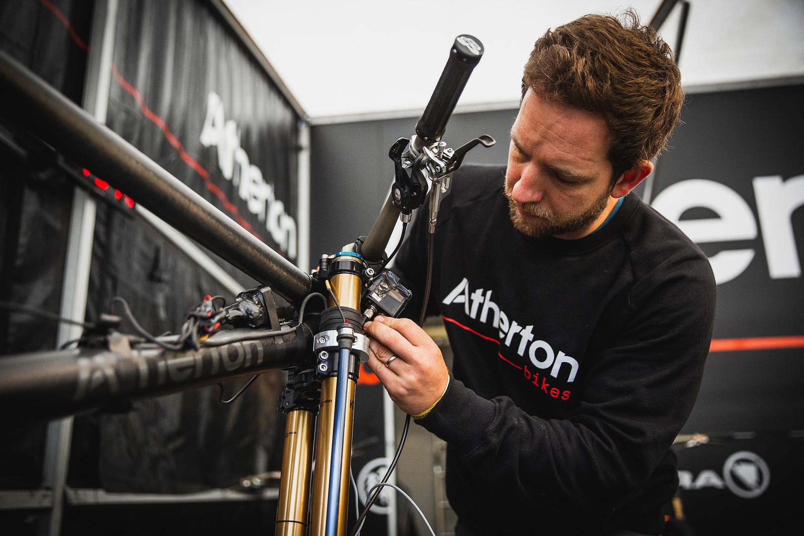 Atherton Data Bike Prep - PIT BITS - 2019 Lenzerheide World Cup Downhill - Mountain Biking Pictures - Vital MTB