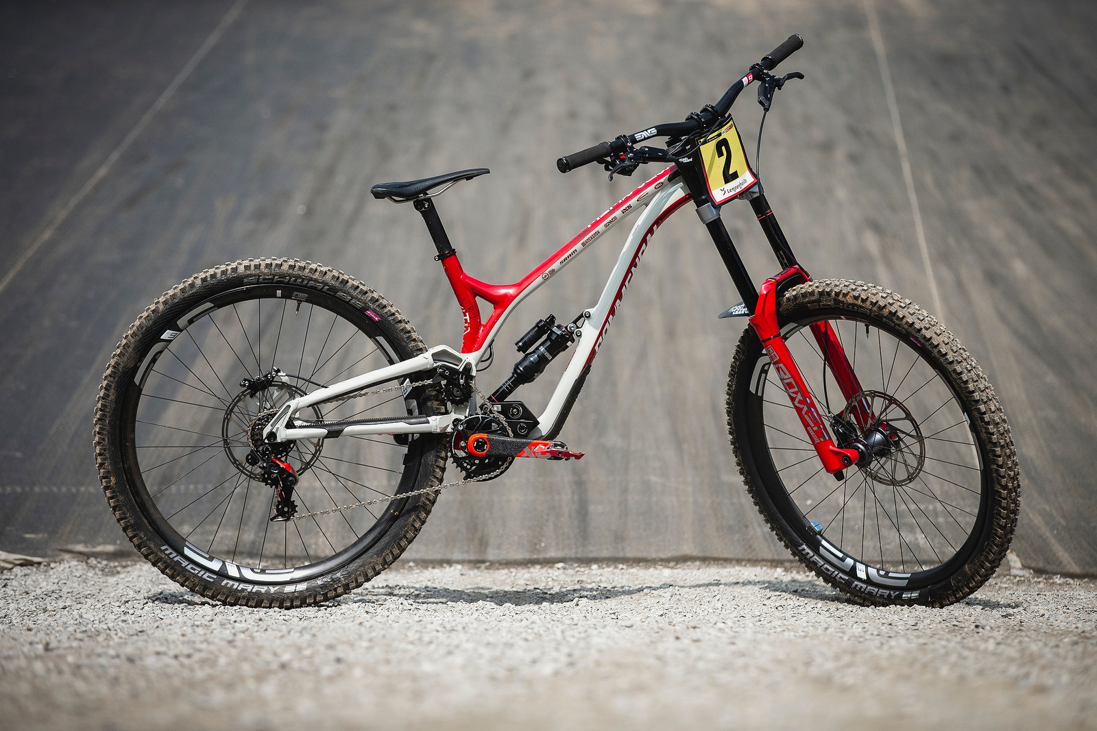 WINNING BIKE - Amaury Pierron's Commencal Supreme DH from Lenzerheide - WINNING BIKE - Amaury Pierron's Commencal Supreme DH - Mountain Biking Pictures - Vital MTB