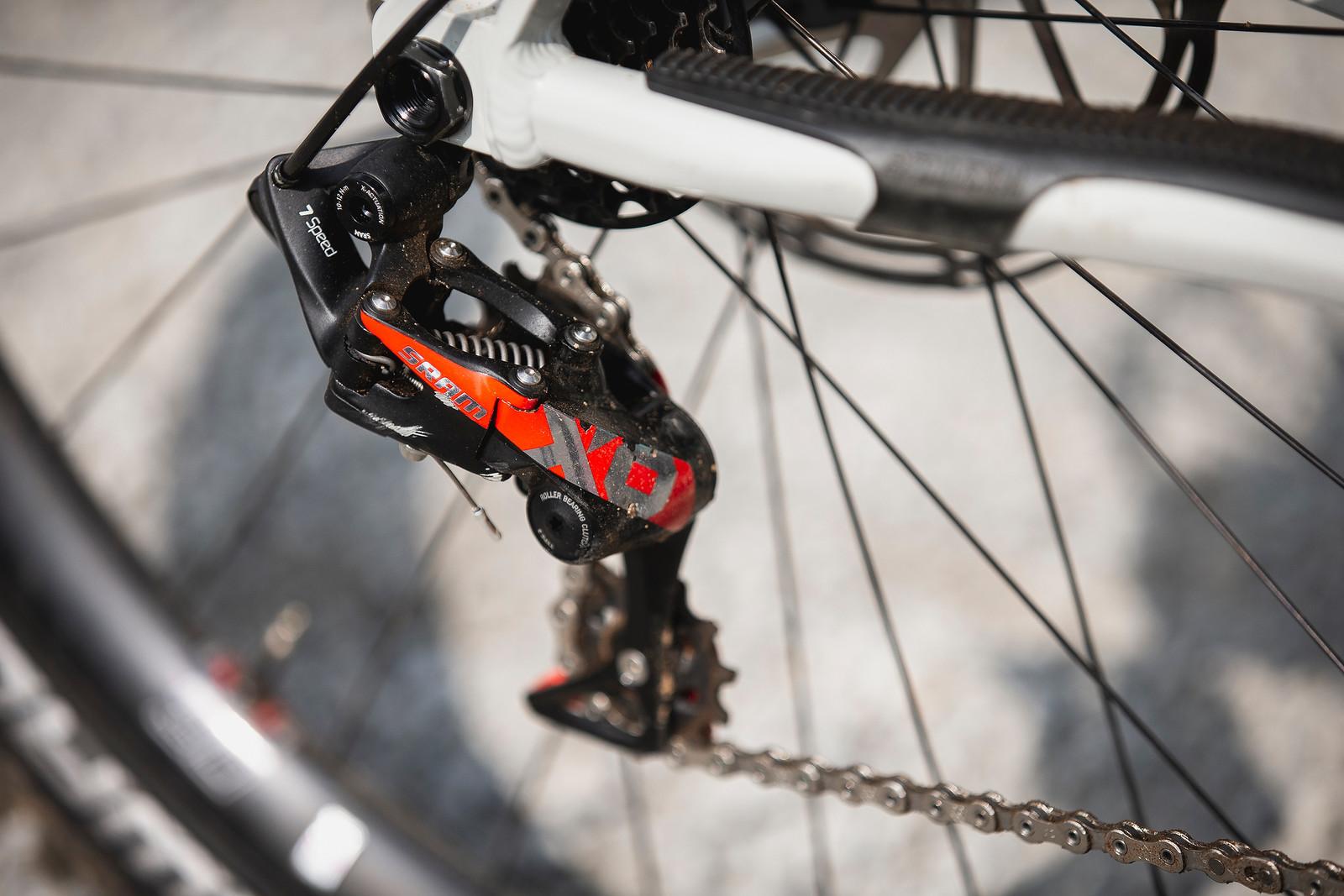 SRAM X01 DH 7-speed derailleur - WINNING BIKE - Amaury Pierron's Commencal Supreme DH - Mountain Biking Pictures - Vital MTB