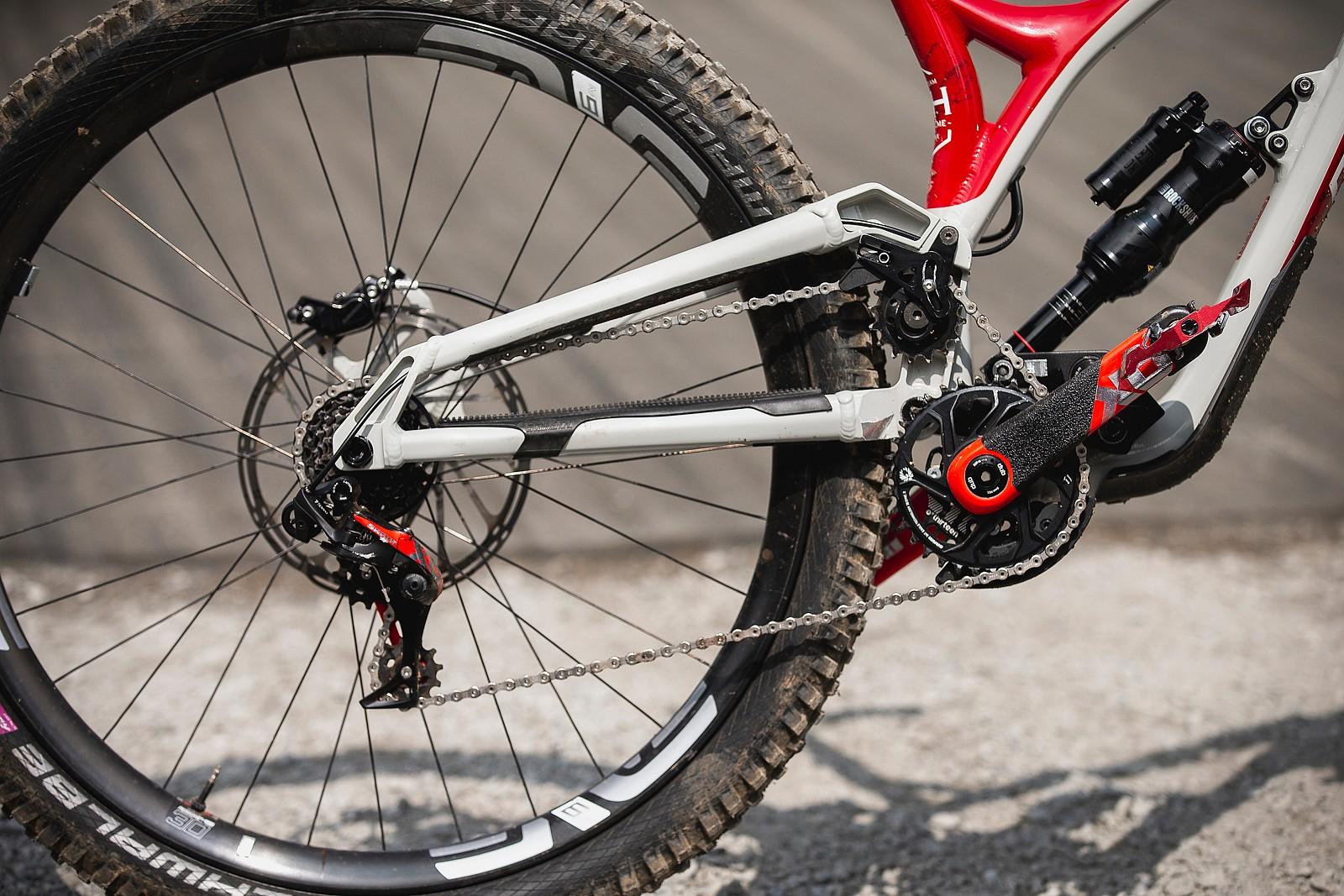 Rear End - WINNING BIKE - Amaury Pierron's Commencal Supreme DH - Mountain Biking Pictures - Vital MTB
