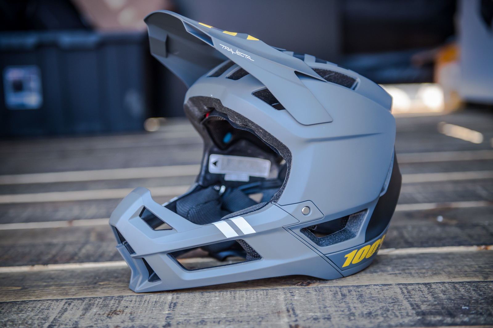 100% Trajecta Full Face Helmet - PIT BITS - 2019 Crankworx Whistler Bikes and Tech - Mountain Biking Pictures - Vital MTB